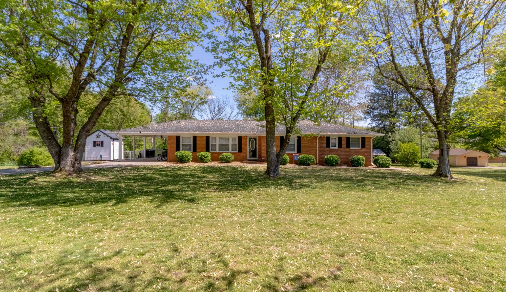 2847 Lylewood Rd Property Photo - Woodlawn, TN real estate listing