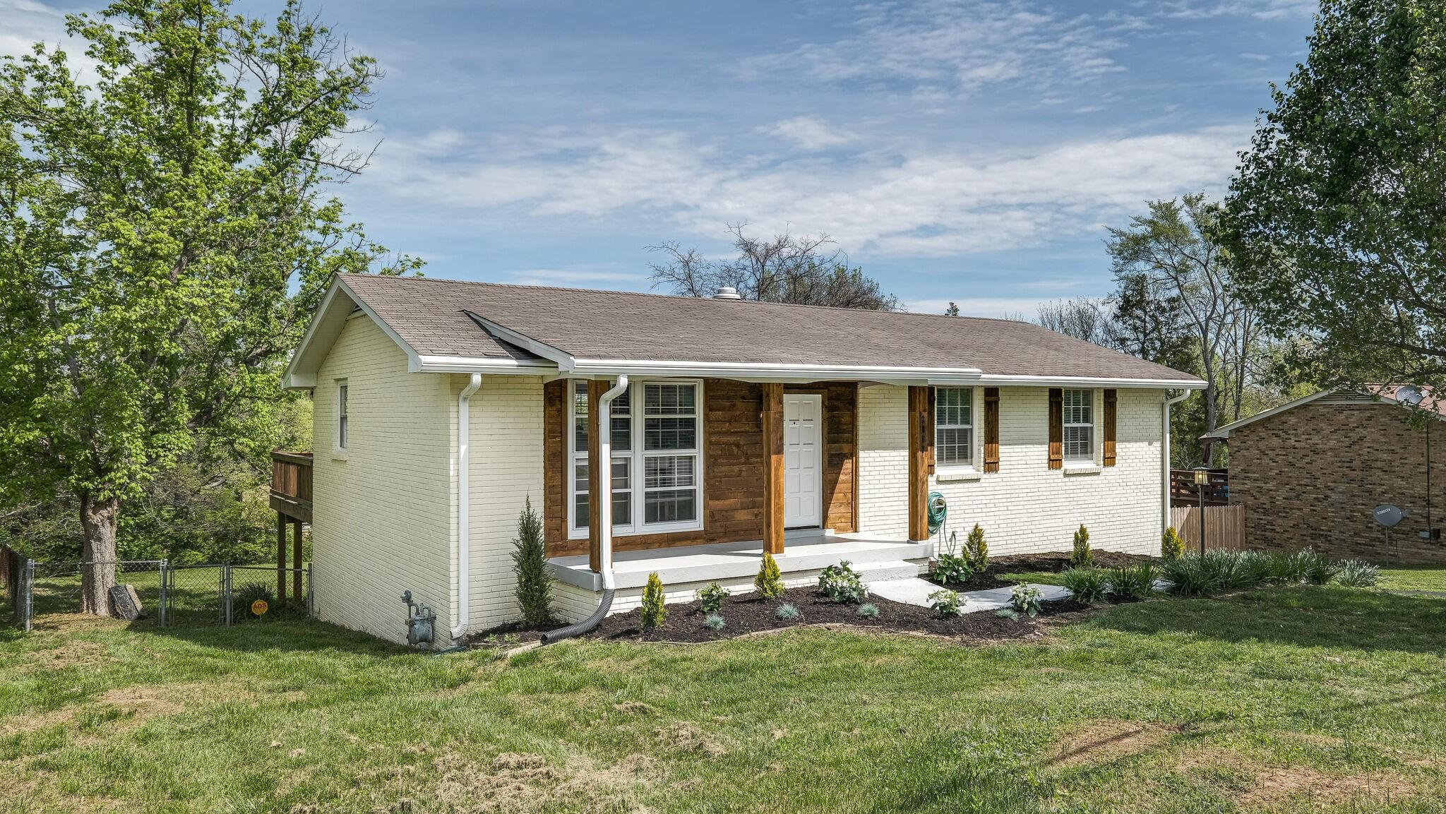 2863 Desplane Dr Property Photo - Nashville, TN real estate listing