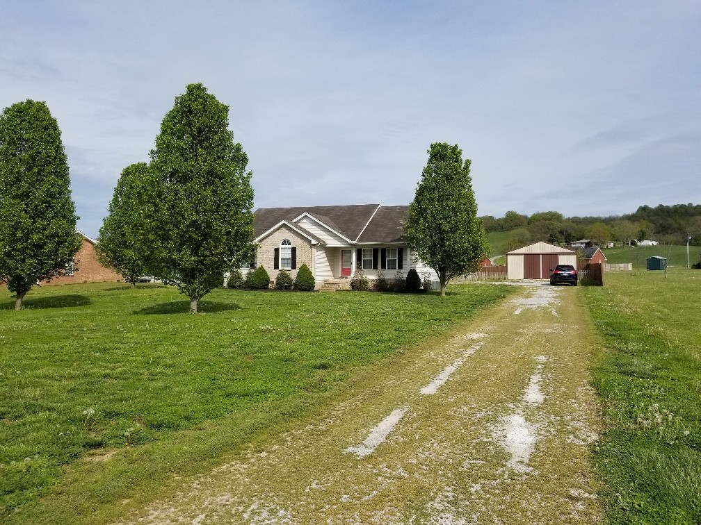 710 Old Hwy 10 Property Photo - Hartsville, TN real estate listing