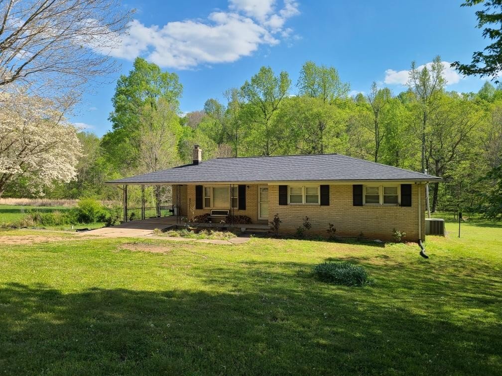2345 Raney Camp Hollow Rd Property Photo - Cumberland Furnace, TN real estate listing