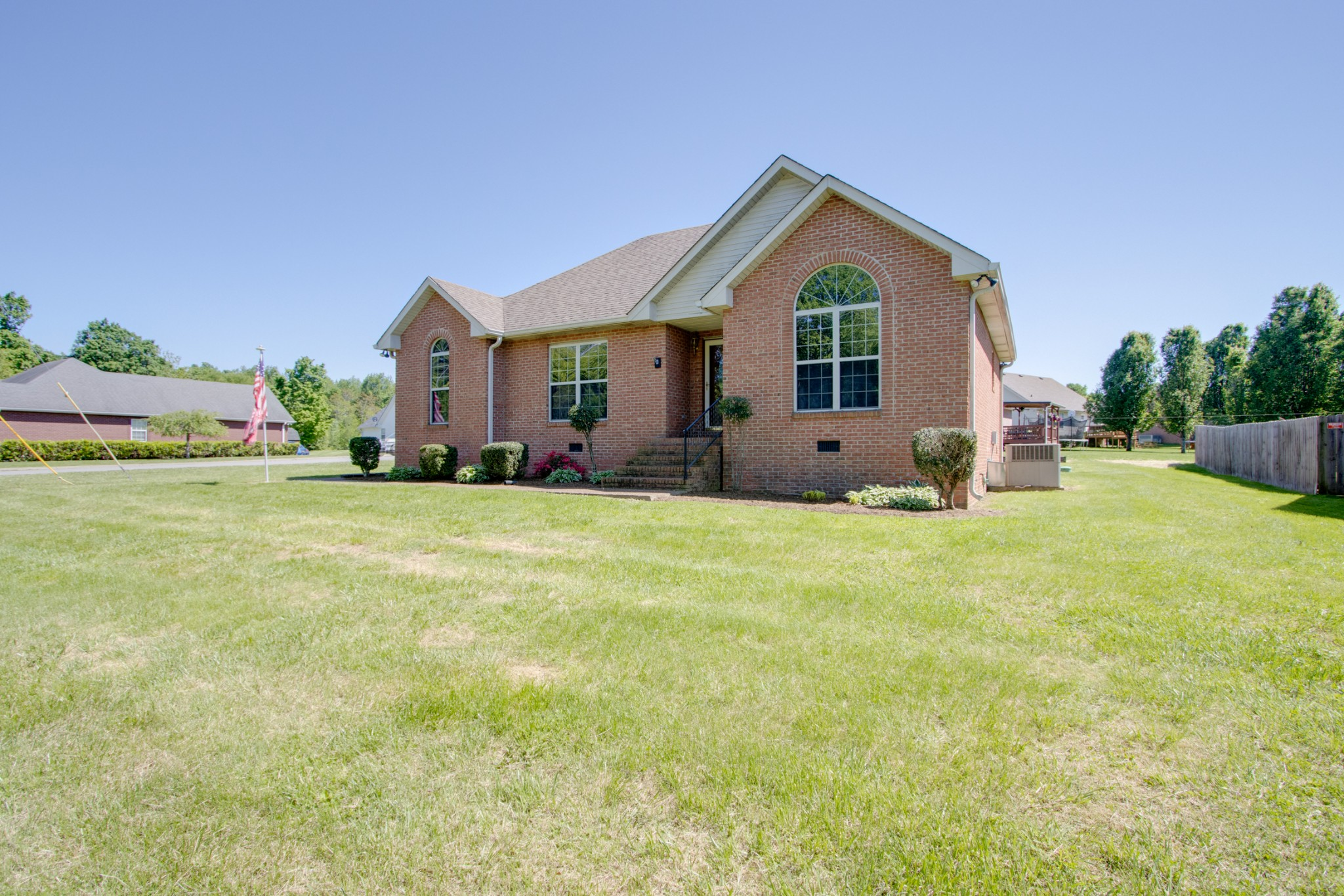 200 Wagoners Way Property Photo - Westmoreland, TN real estate listing