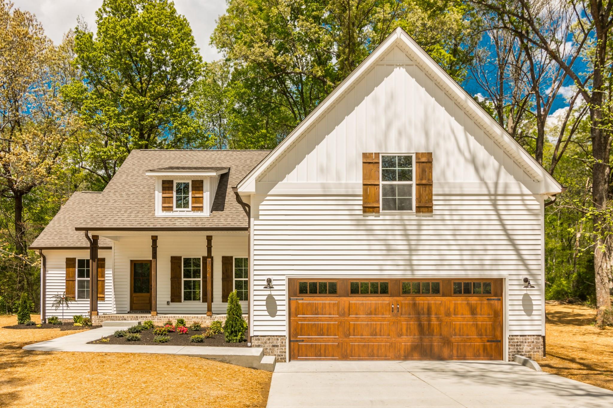 7834 Highway 52 Property Photo - Orlinda, TN real estate listing