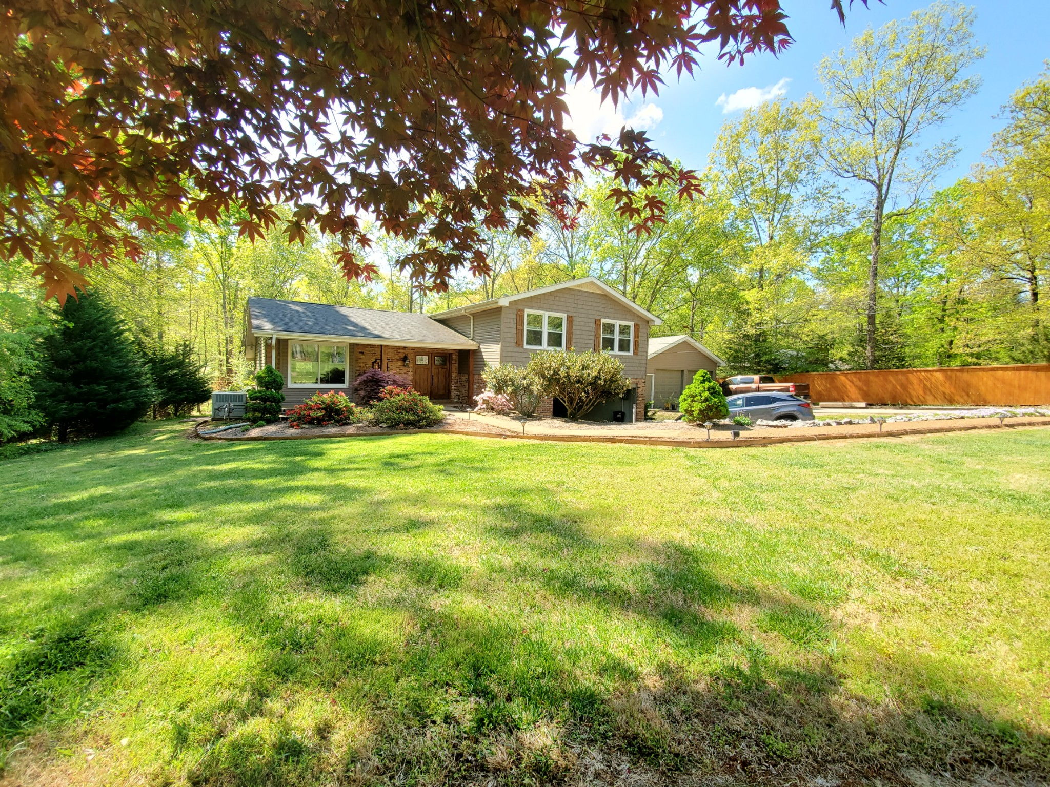 1163 Bald Eagle Dr Property Photo - Kingston Springs, TN real estate listing