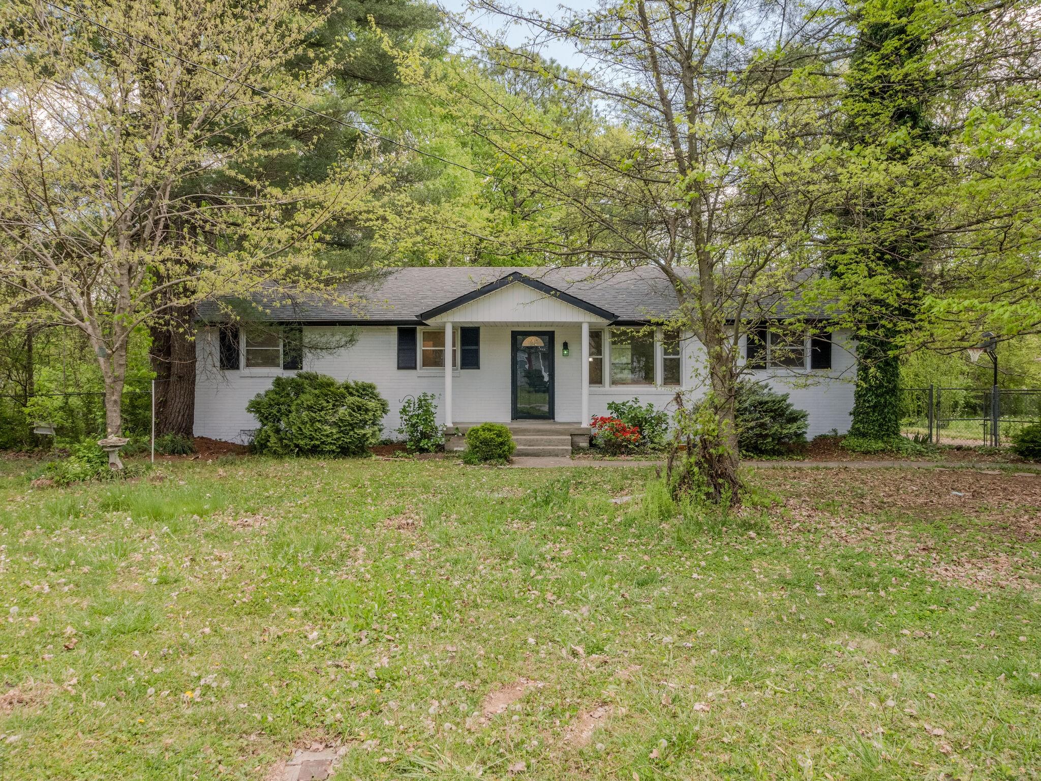 157 Elm St Property Photo - LA VERGNE, TN real estate listing