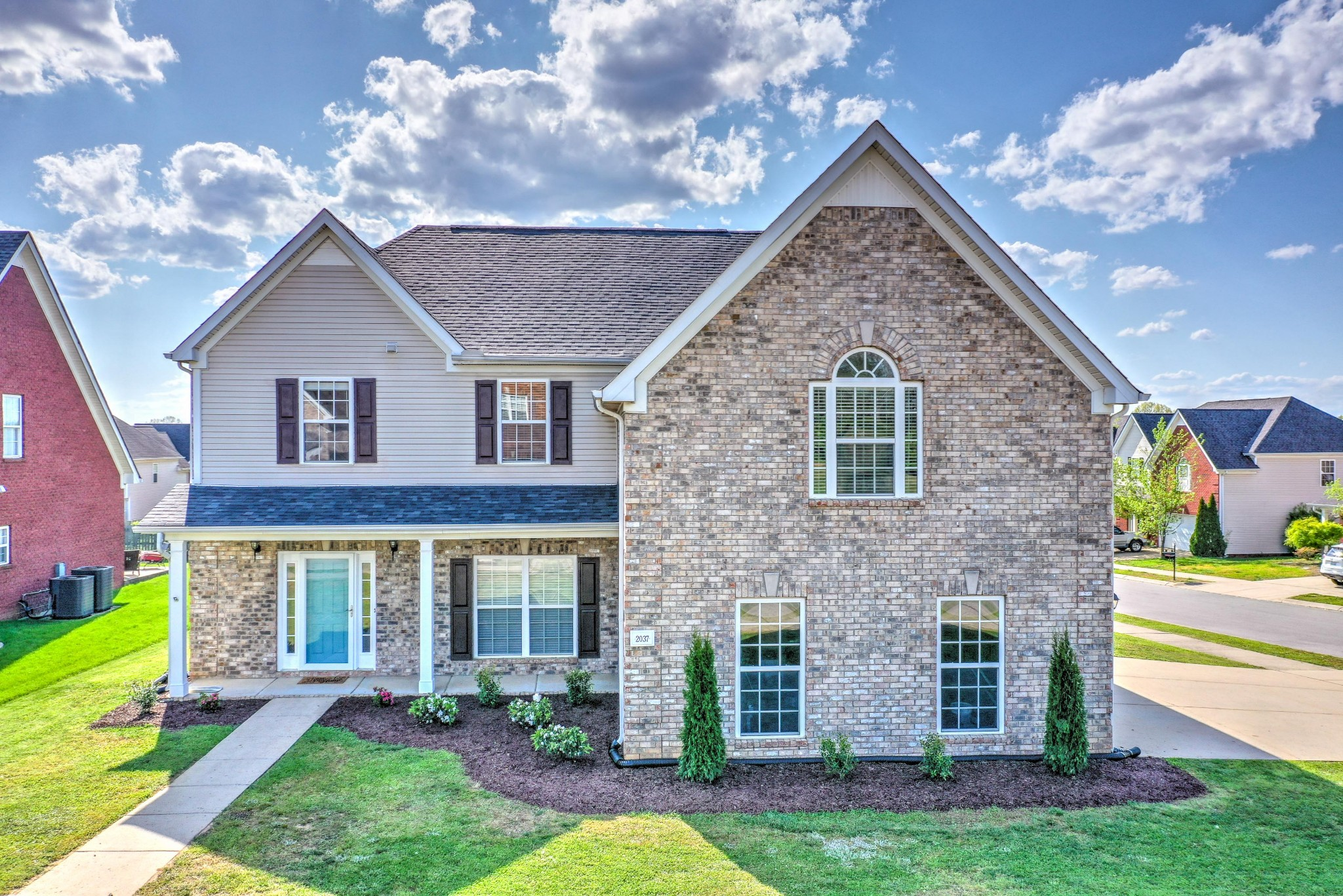 2037 Fiona Way Property Photo - Spring Hill, TN real estate listing