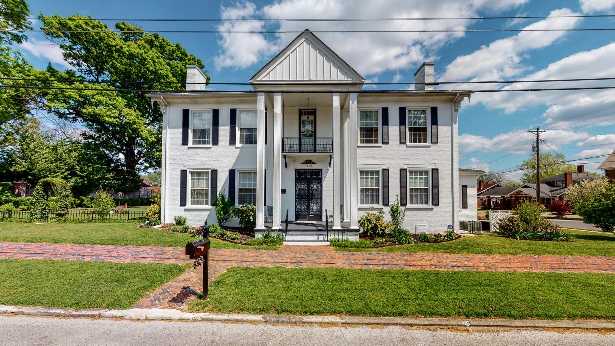 310 Elk Ave S Property Photo - Fayetteville, TN real estate listing