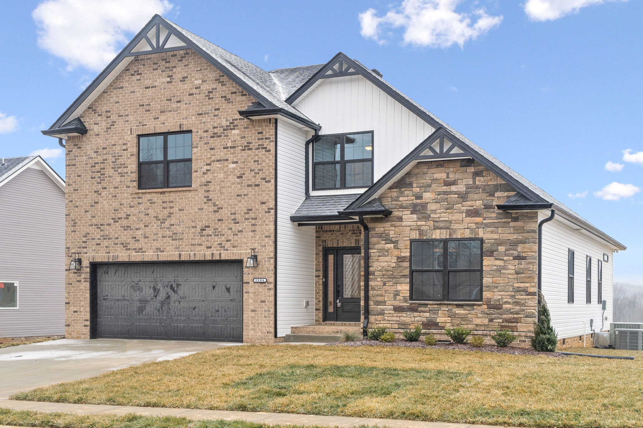 1286 Highgrove Ln Property Photo - Clarksville, TN real estate listing