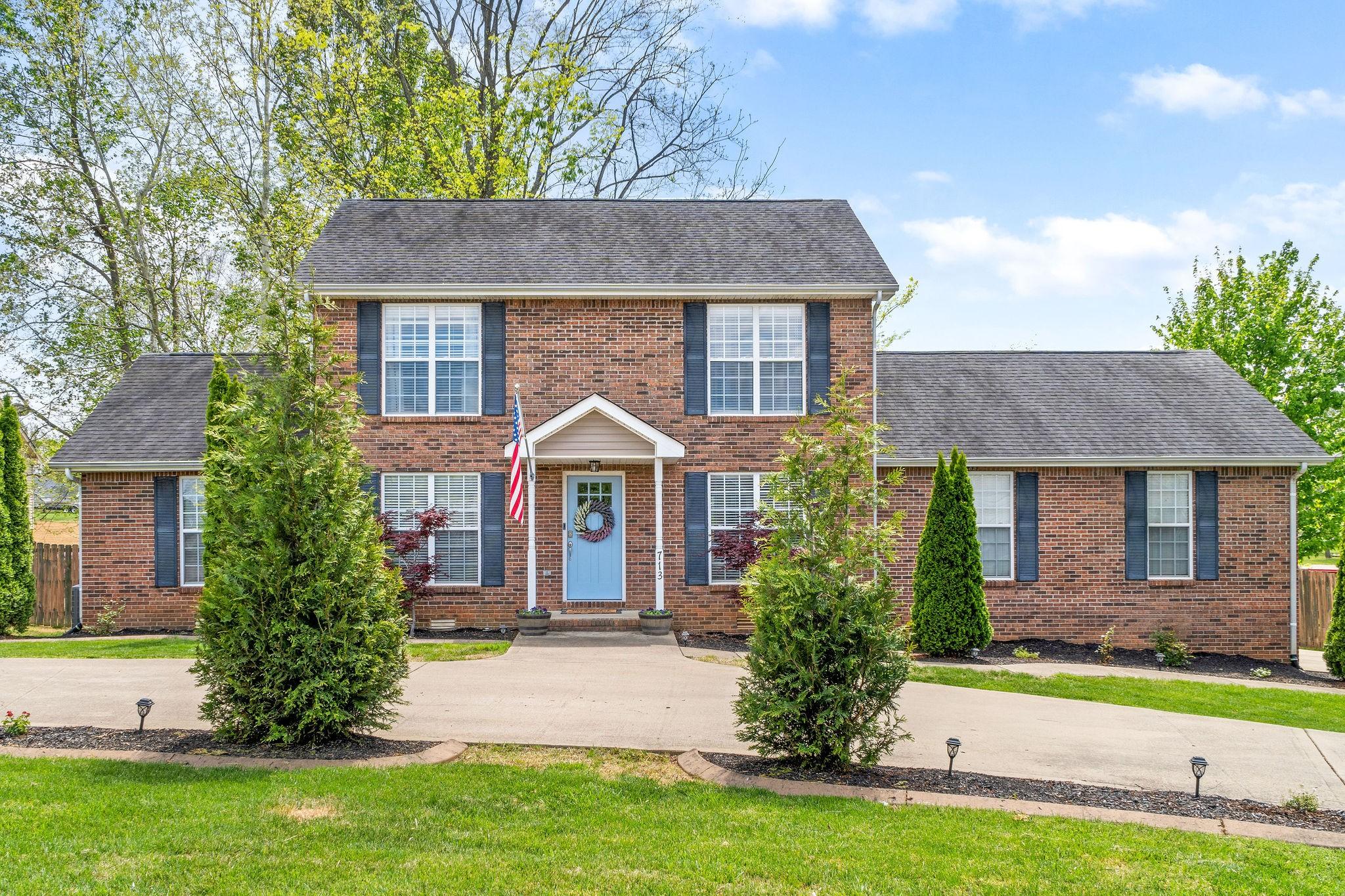 713 Ontario Lane Property Photo - Clarksville, TN real estate listing