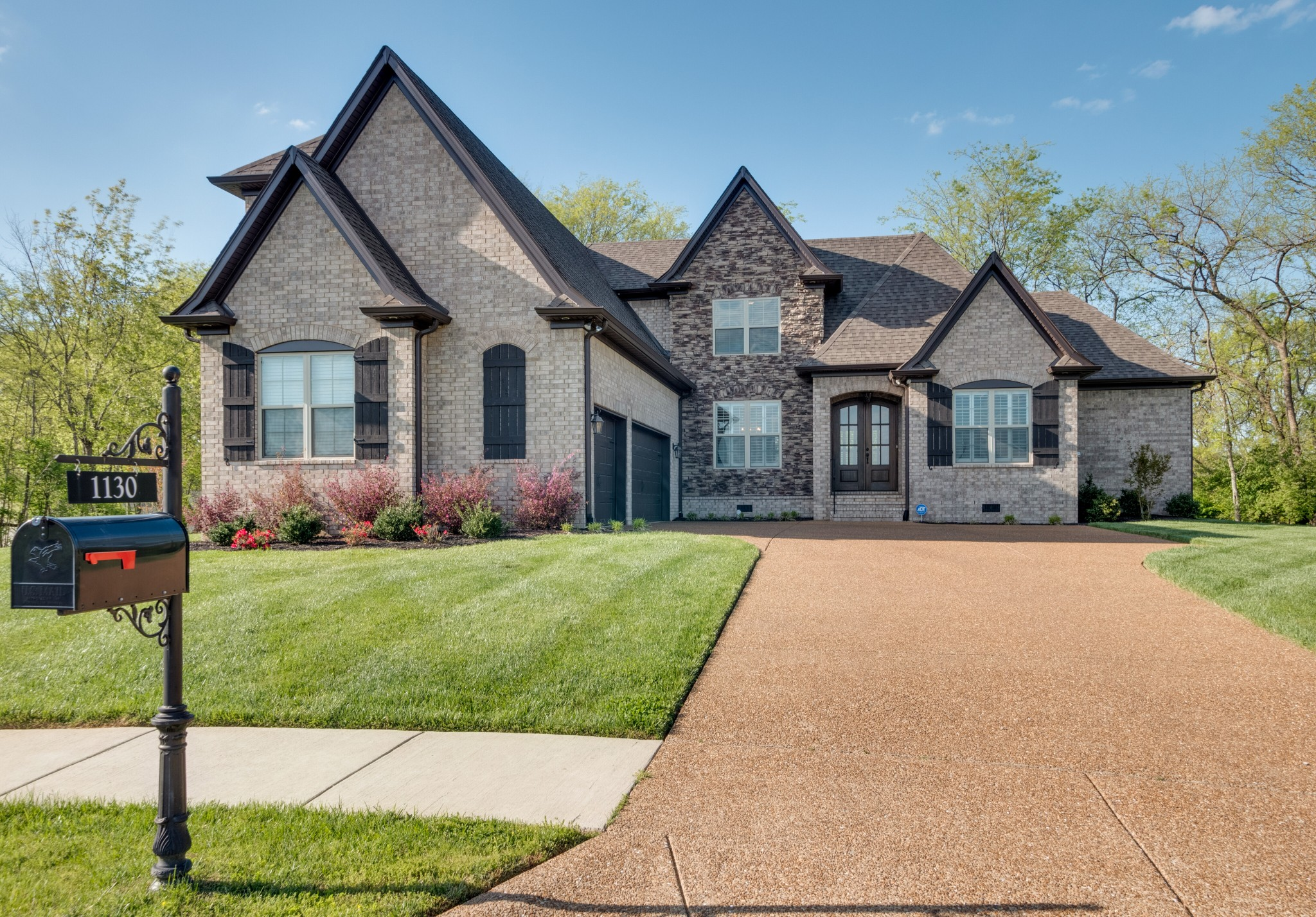 1130 Luxborough Dr Property Photo - Hendersonville, TN real estate listing