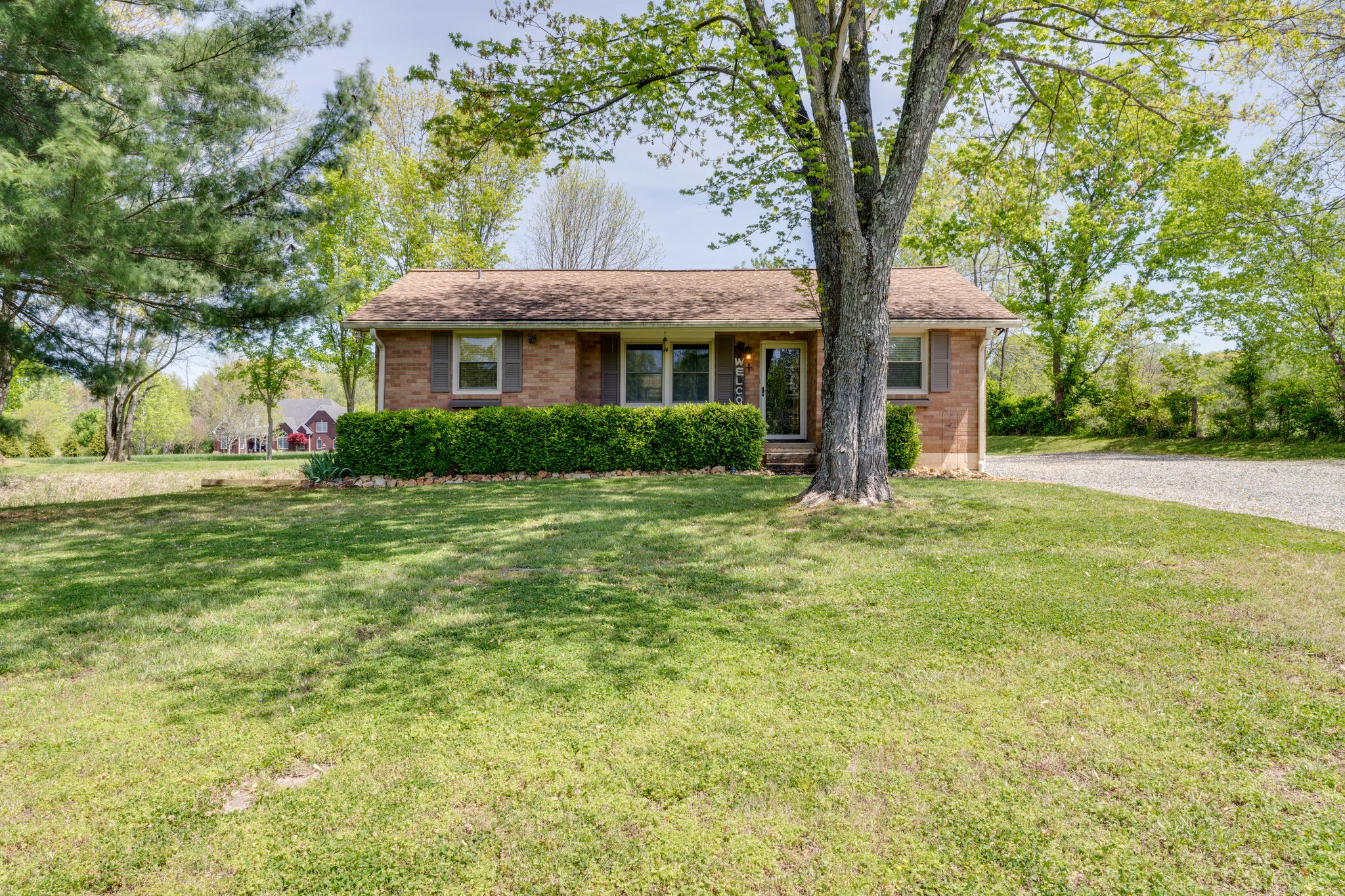 945 Bowling Branch Rd Property Photo - Cottontown, TN real estate listing
