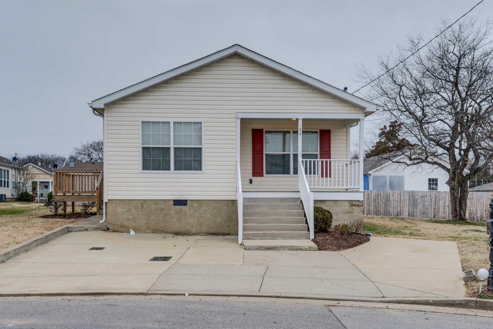 104 Oceanfront Cir N Property Photo - Antioch, TN real estate listing