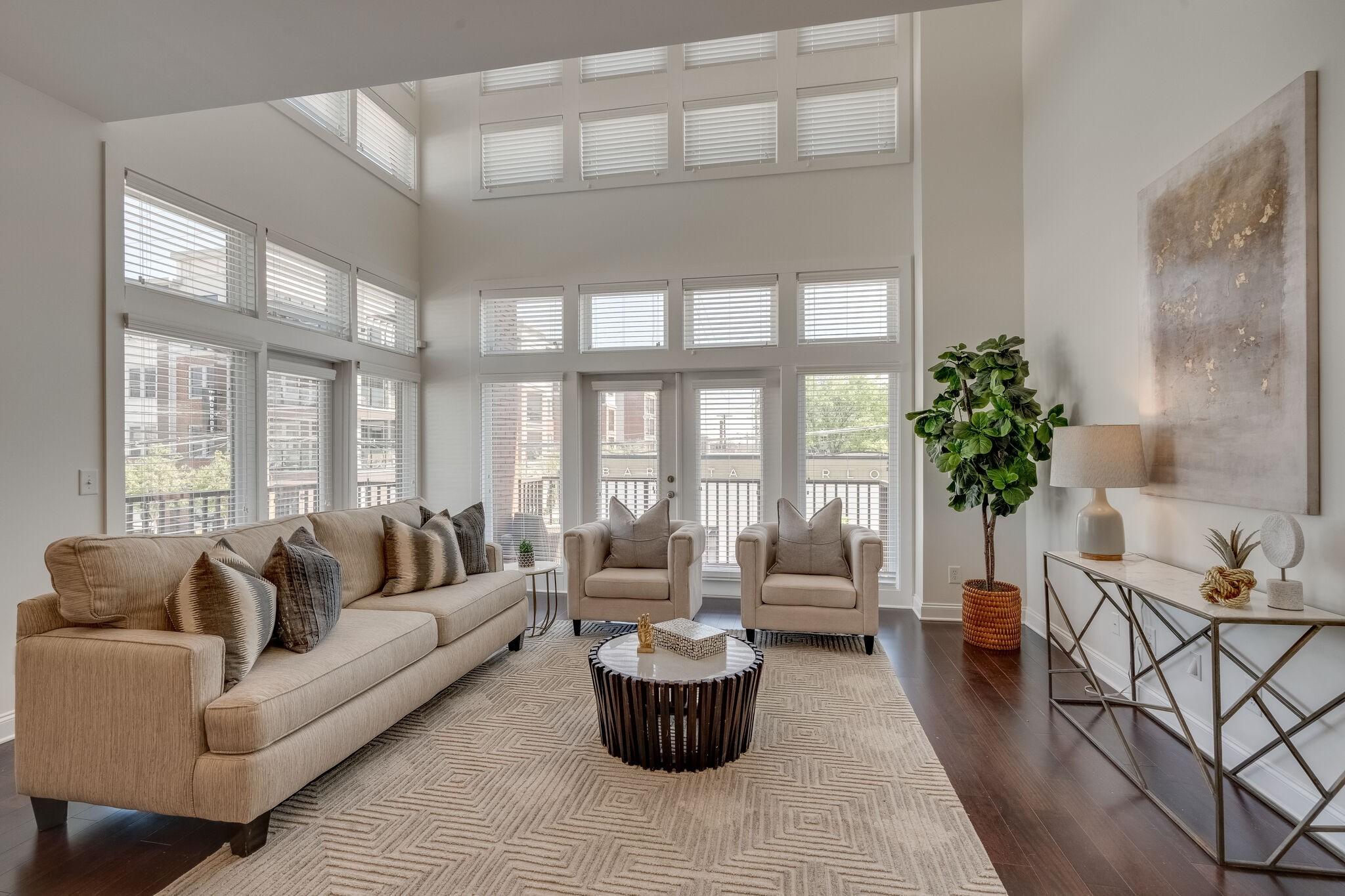 4th & Monroe Real Estate Listings Main Image