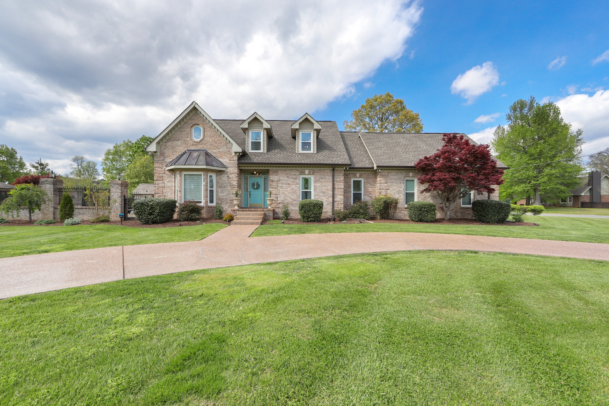 2102 Nicklaus Dr Property Photo - Springfield, TN real estate listing