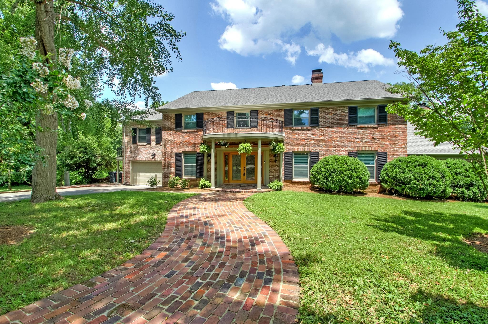 1410 Sunnyside Dr Property Photo 1