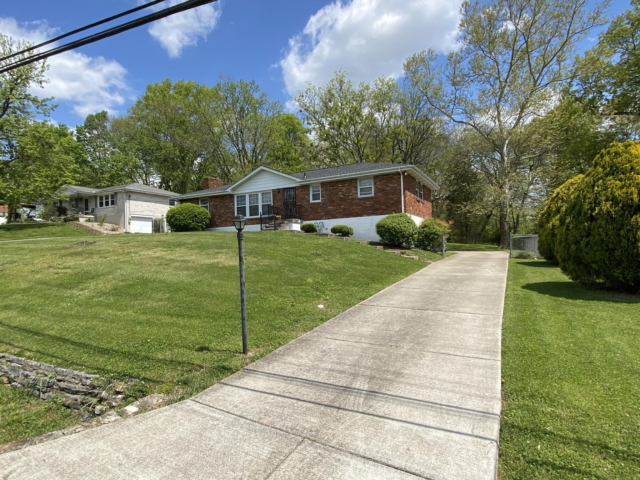 604 Glenpark Dr Property Photo - Nashville, TN real estate listing