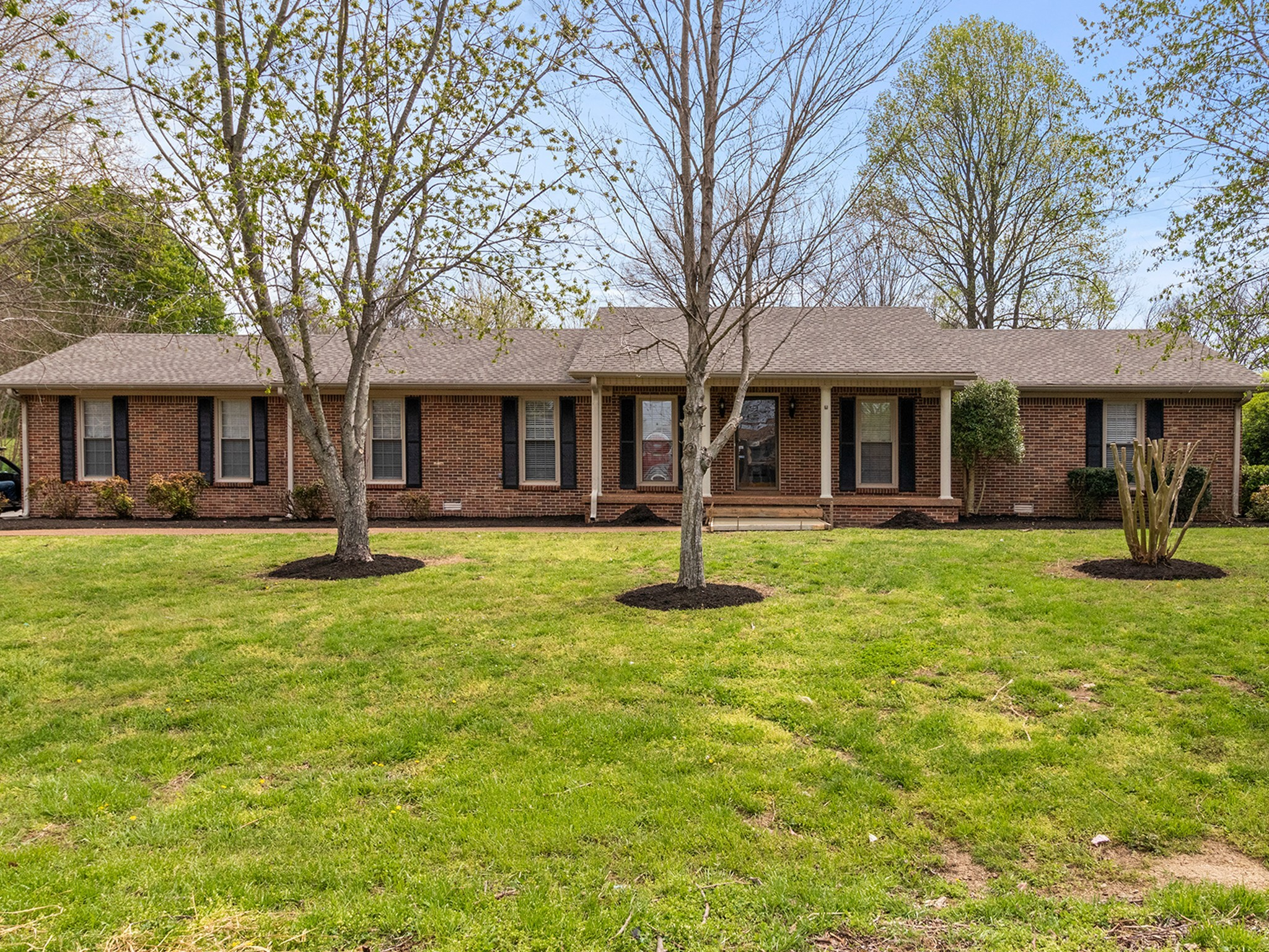 102 Skyview Dr Property Photo - Columbia, TN real estate listing