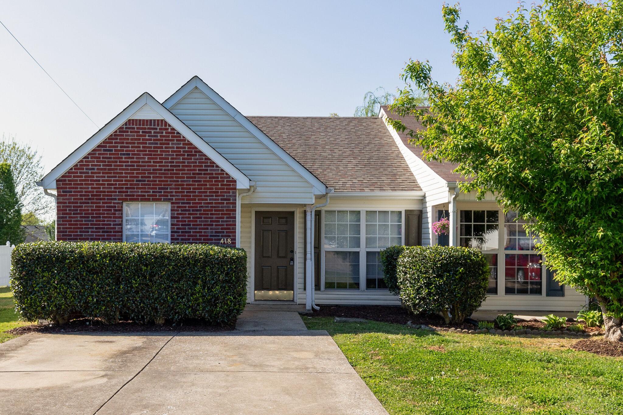 418 Keswick Ct Property Photo - Smyrna, TN real estate listing