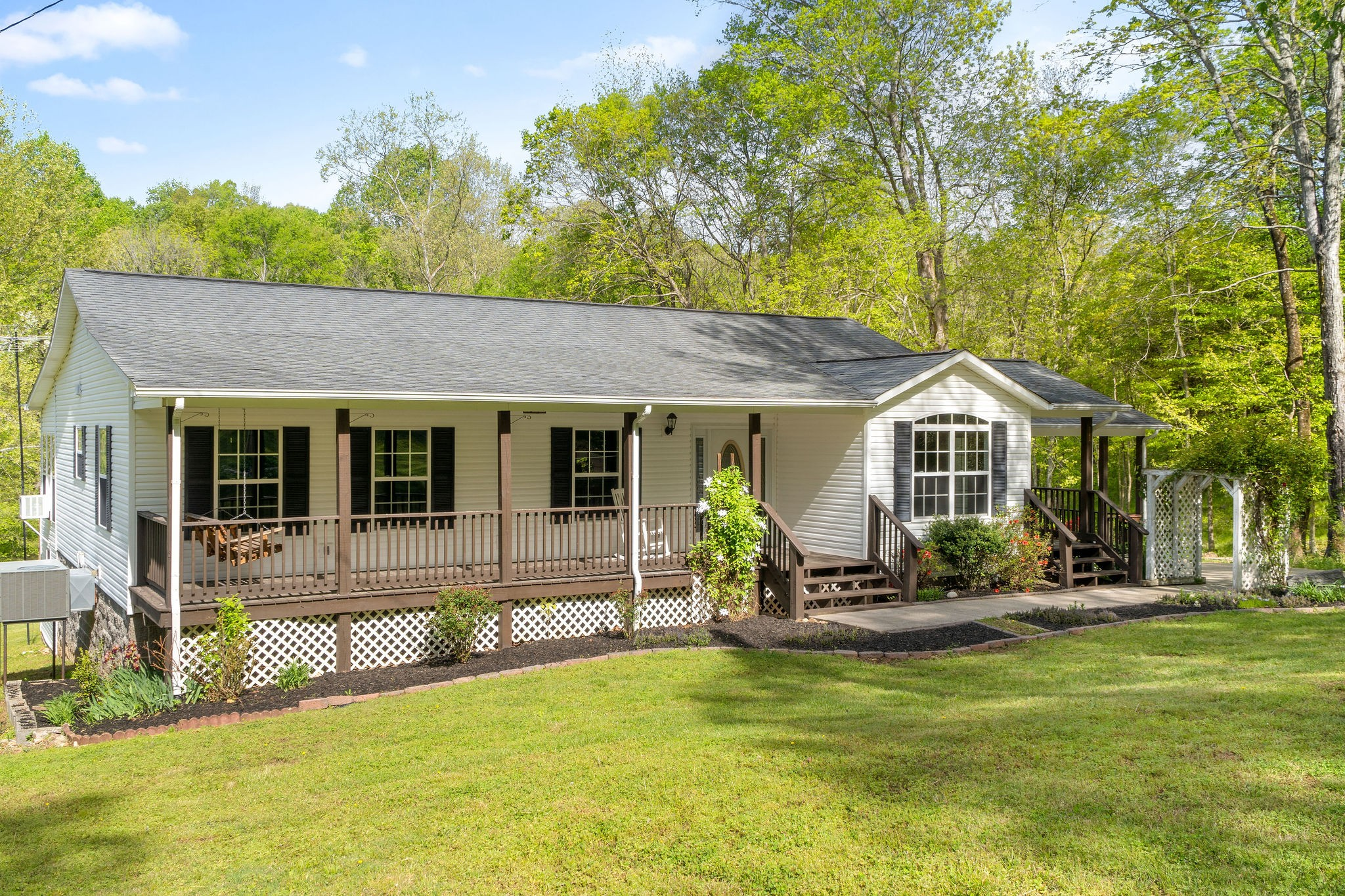 4630 Lylewood Road Property Photo - Indian Mound, TN real estate listing