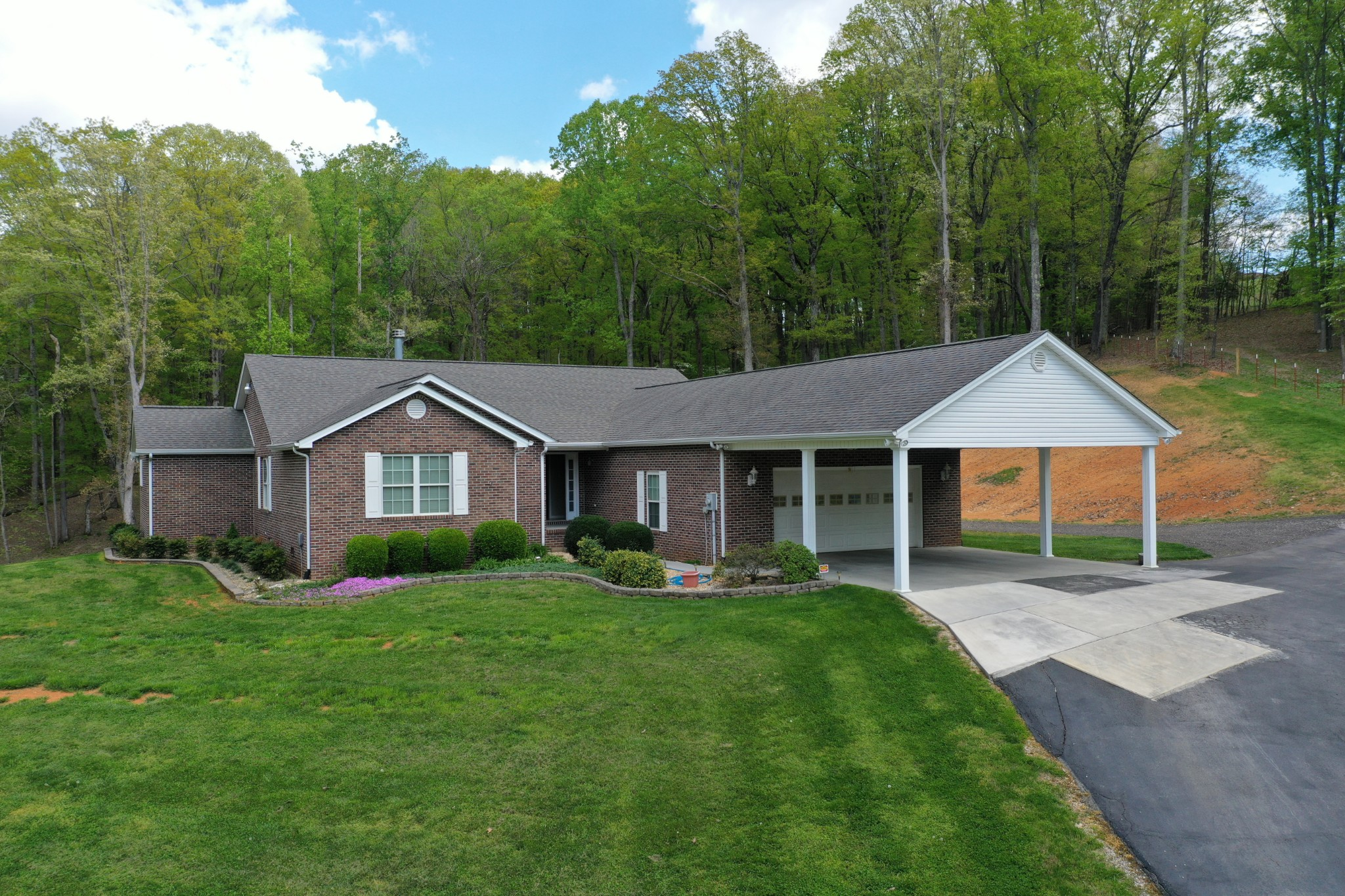 415 Cline Rd Property Photo - Dandridge, TN real estate listing