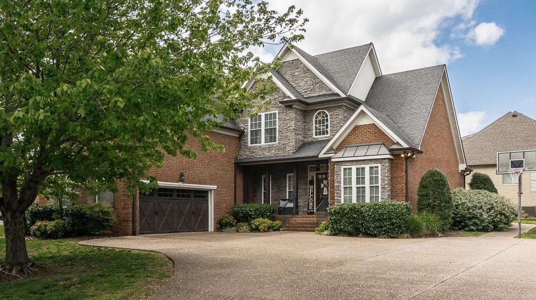 1006 Crimson Way Property Photo - Hendersonville, TN real estate listing