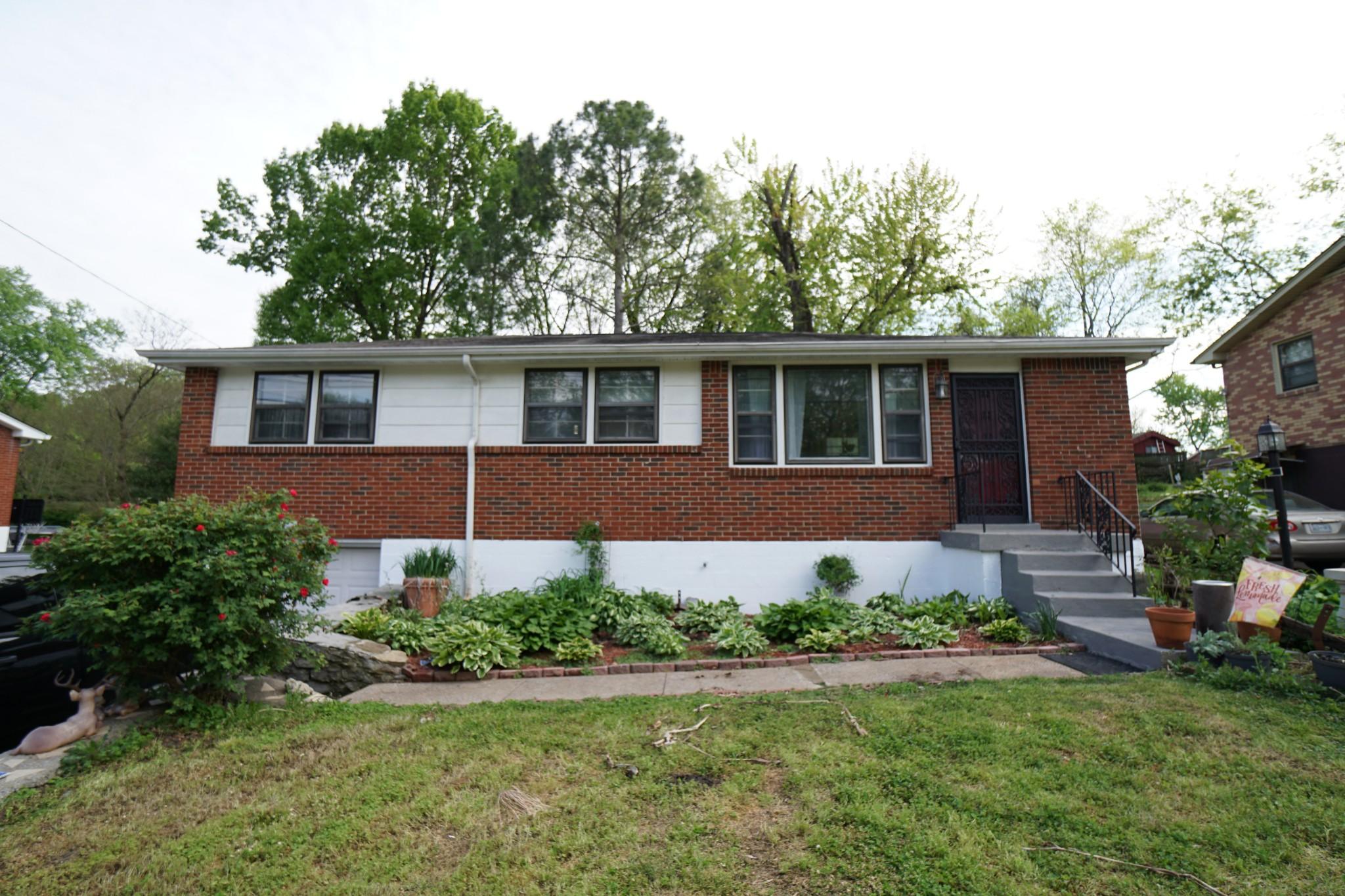 289 Paragon Mills Rd Property Photo - Nashville, TN real estate listing