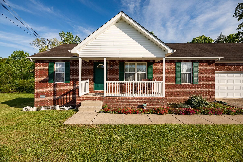 2106 Grove Mill Ct Property Photo - LA VERGNE, TN real estate listing