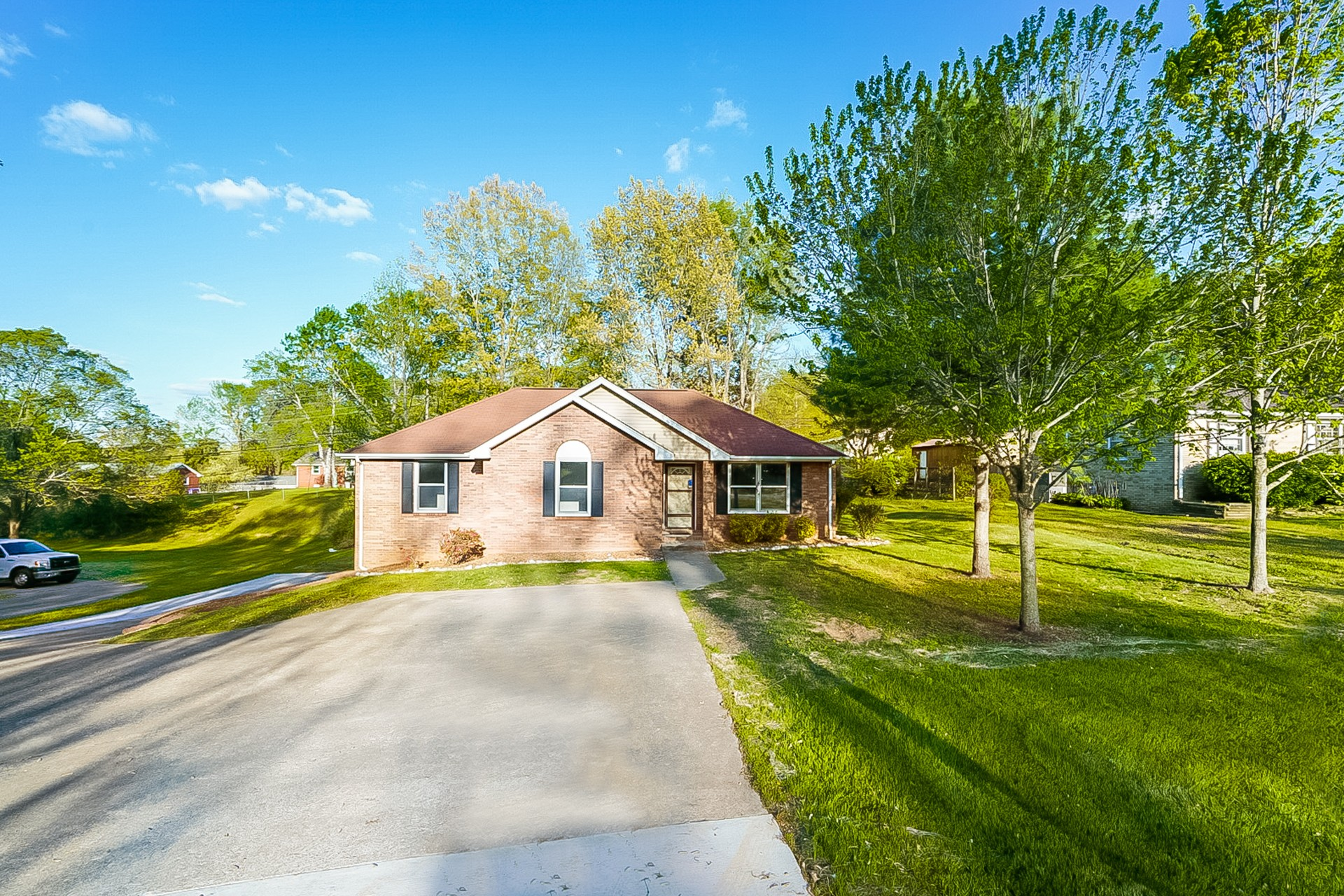 517 Aurelia Lynn Dr Property Photo - Clarksville, TN real estate listing
