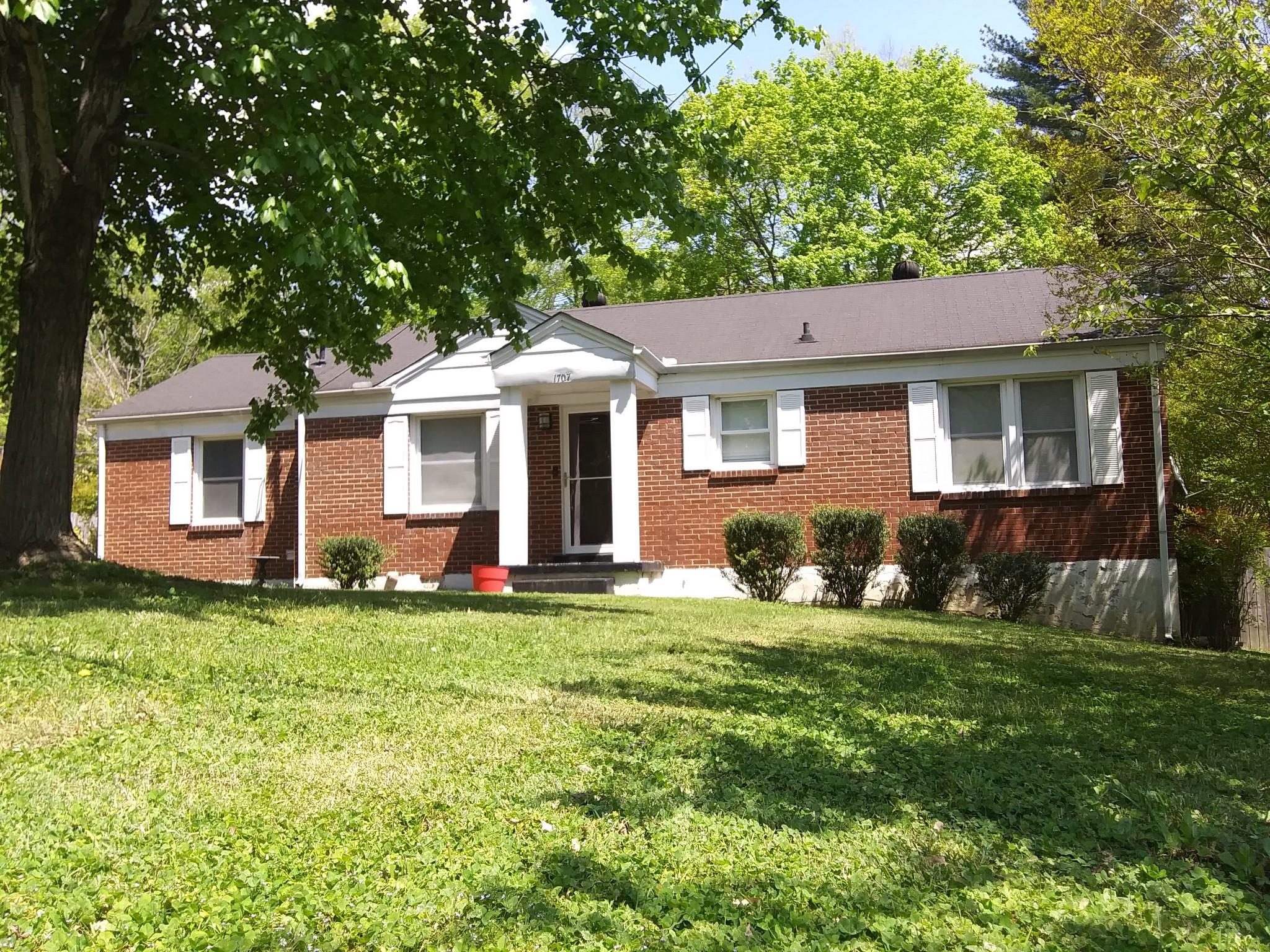 1707 Wheeler Dr Property Photo - Columbia, TN real estate listing