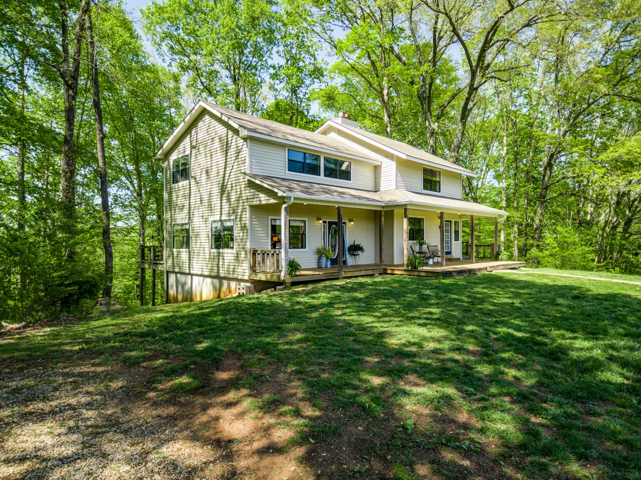 38543 Real Estate Listings Main Image