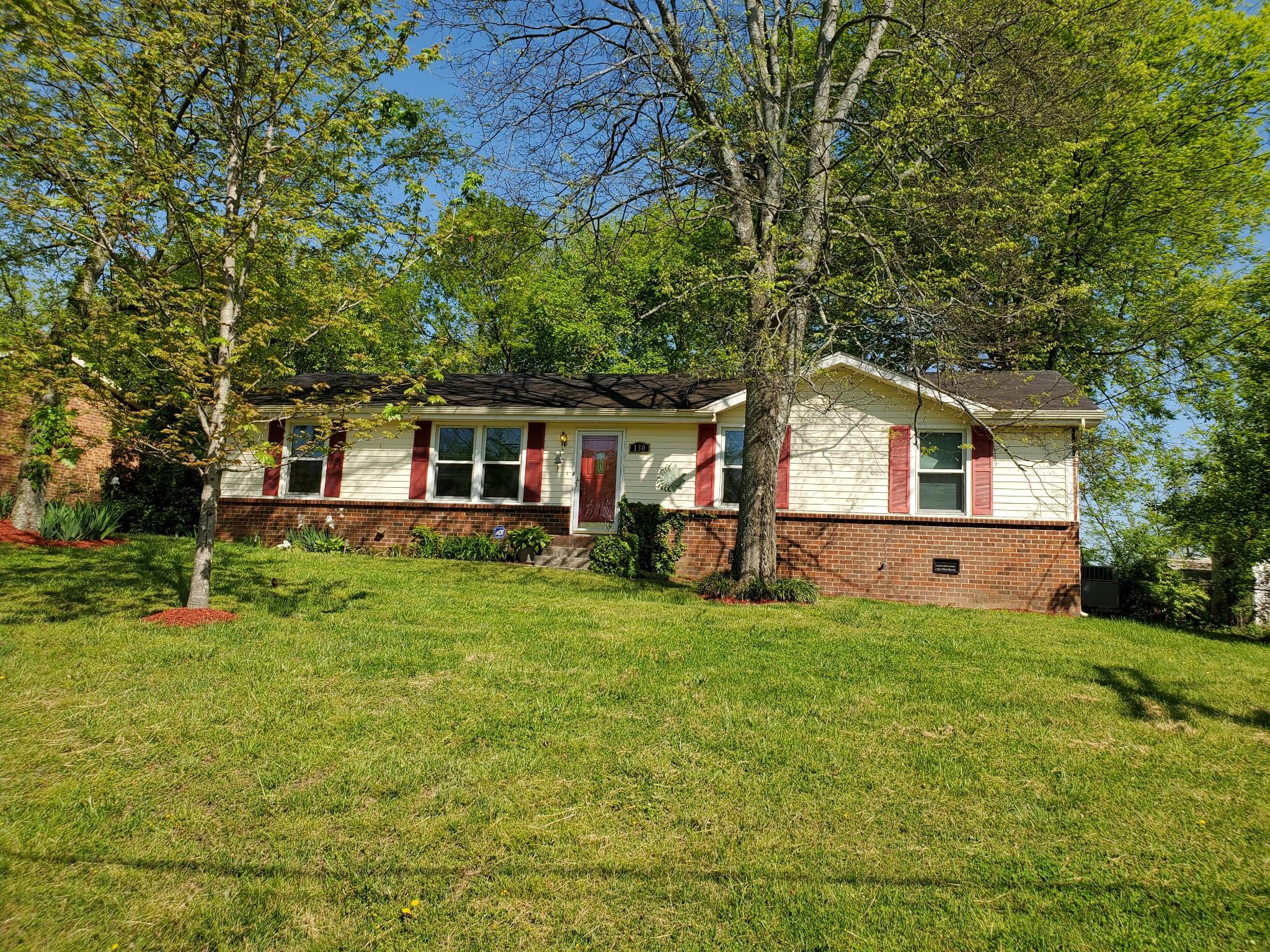 130 Hillside Dr Property Photo - Hendersonville, TN real estate listing