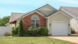 300 Deerwood Dr Property Photo - Hopkinsville, KY real estate listing