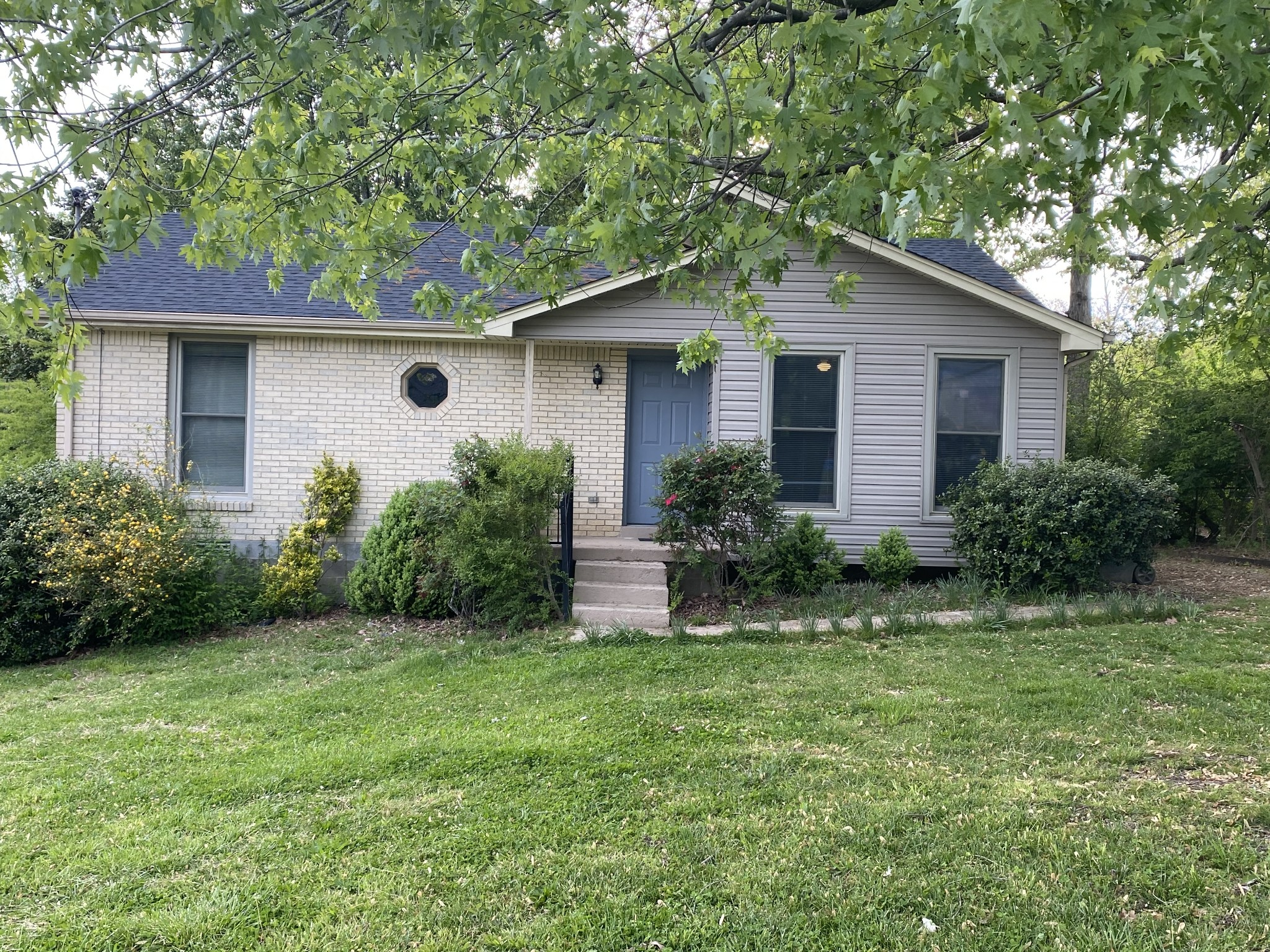 202 Castings Dr Property Photo - Dickson, TN real estate listing