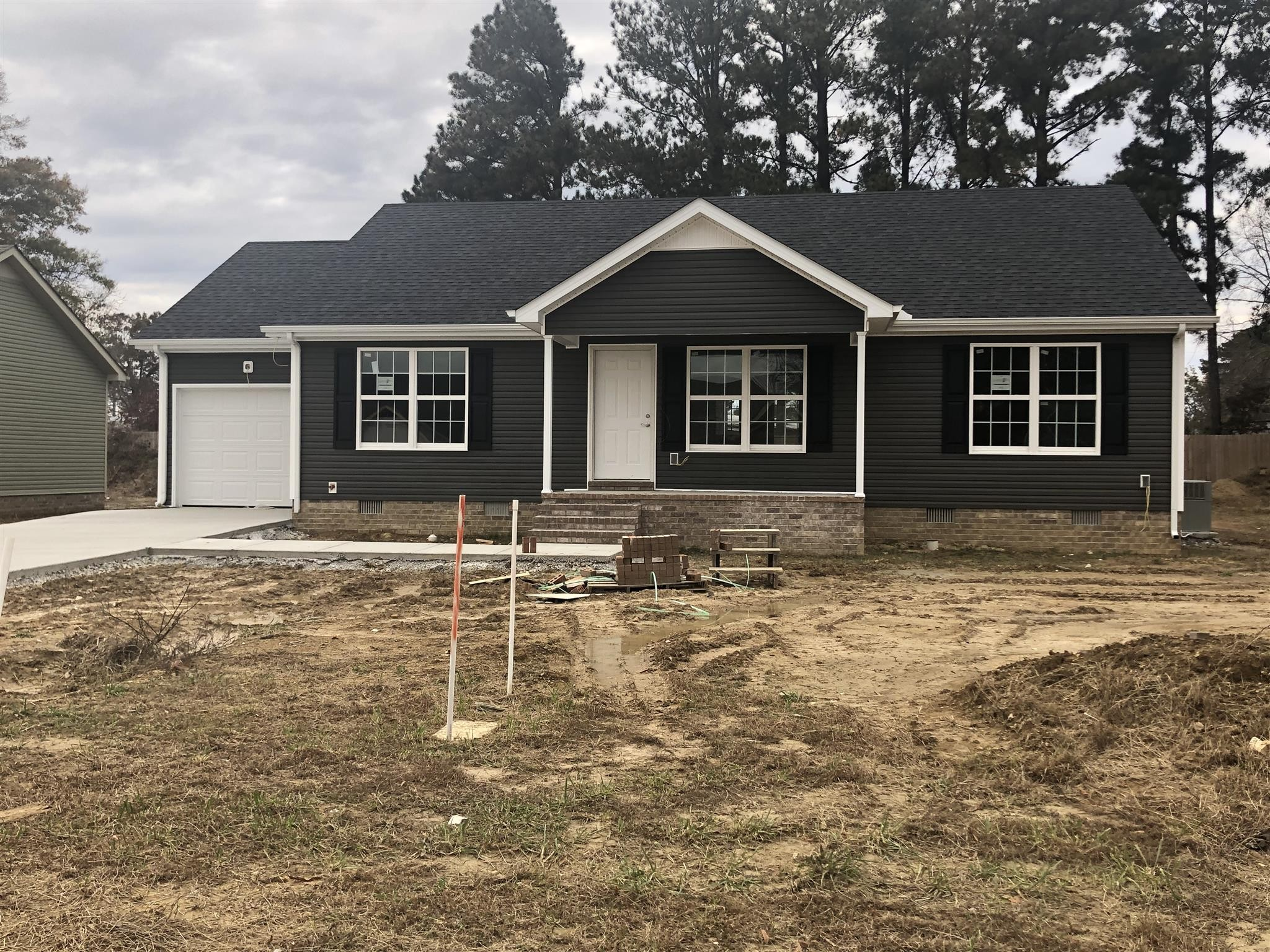 90 Amelia Dr Property Photo - Manchester, TN real estate listing
