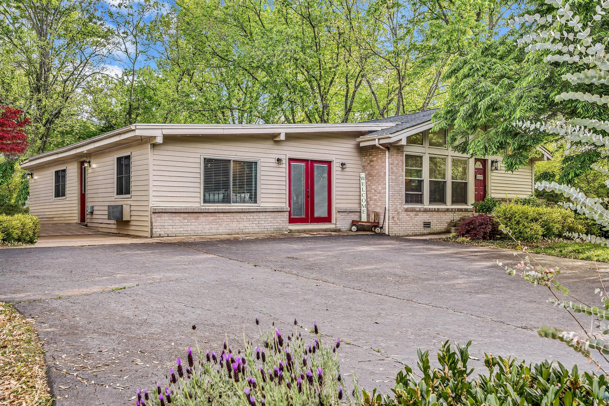 1319 Bass Ave Property Photo - Murfreesboro, TN real estate listing
