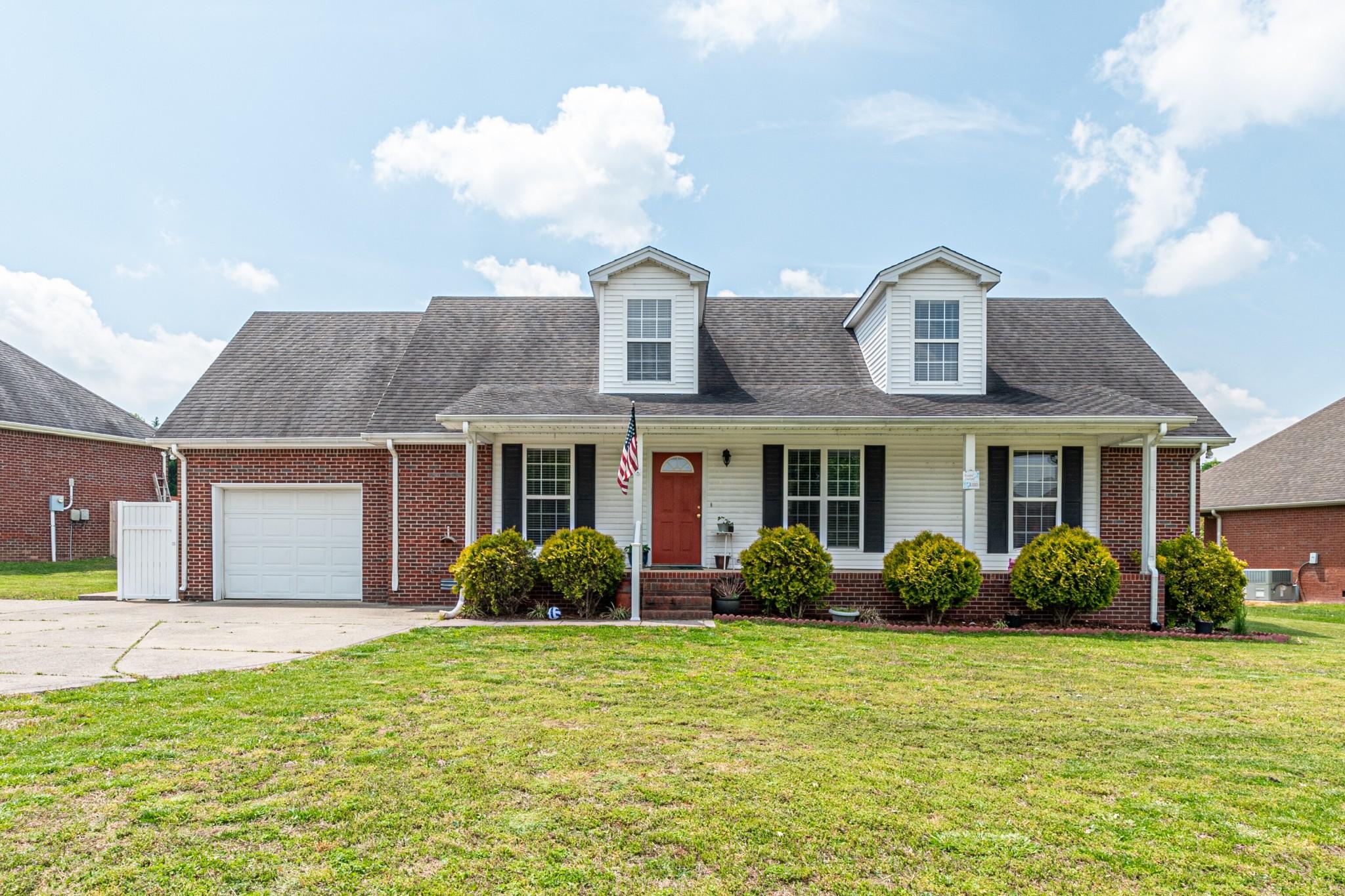 444 Robins Trl Property Photo - Westmoreland, TN real estate listing
