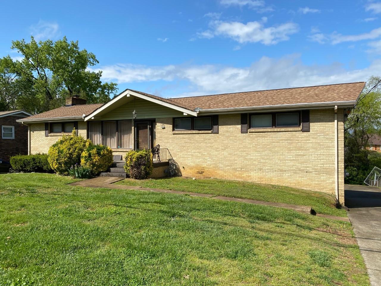 2730 Mossdale Dr Property Photo - Nashville, TN real estate listing