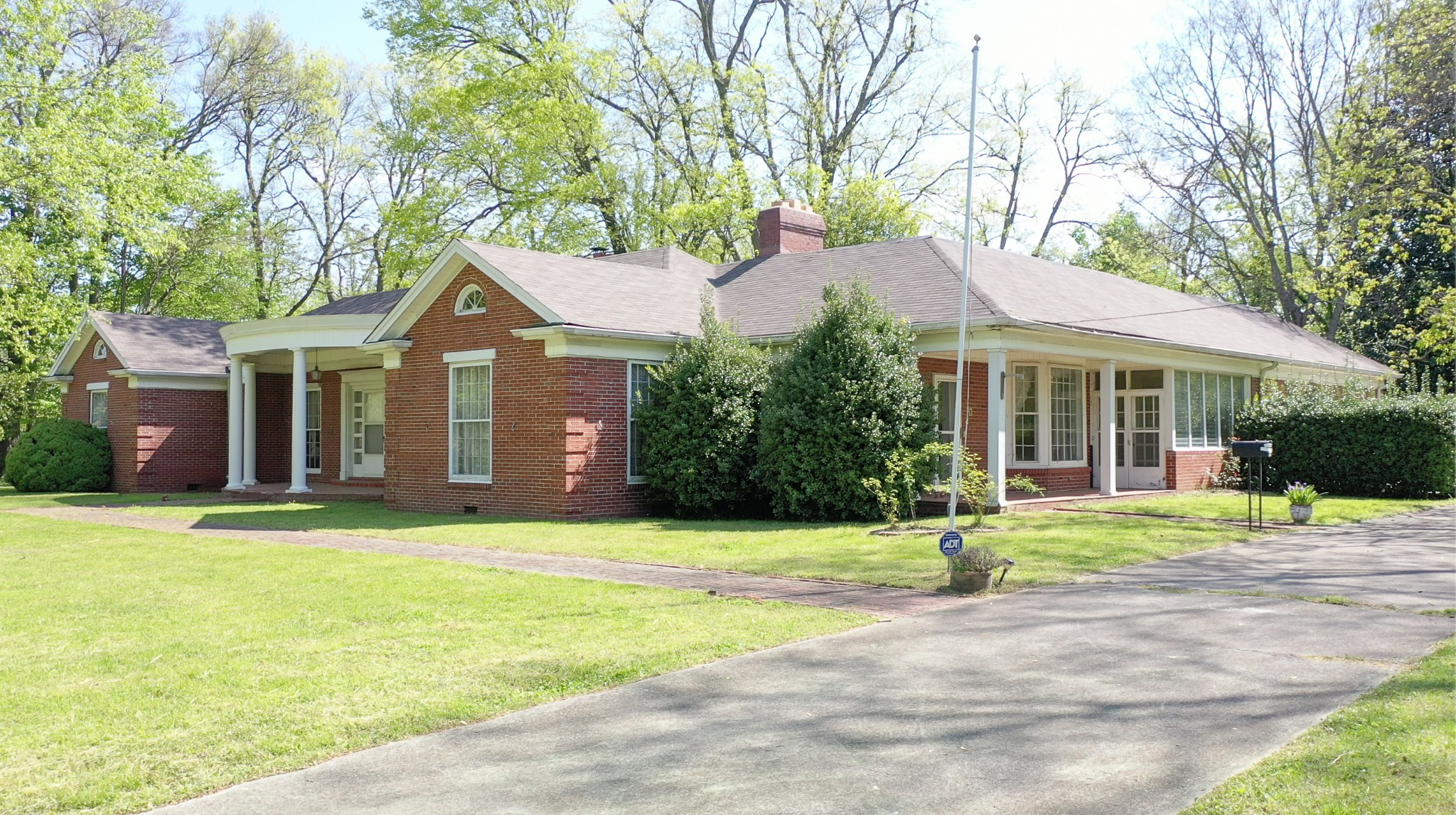 506 Bryant St Property Photo - Shelbyville, TN real estate listing