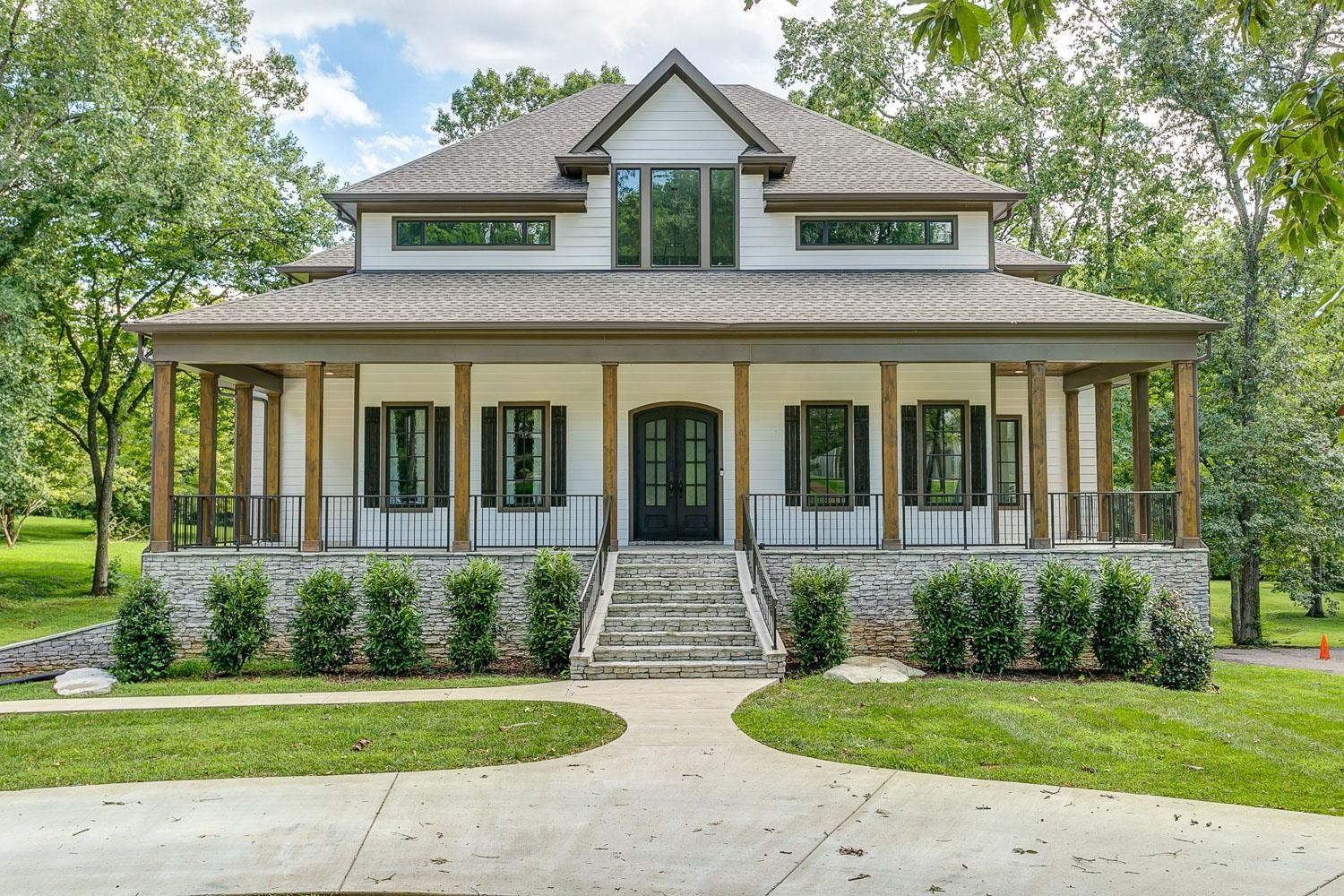 611 Georgetown Dr Property Photo - Nashville, TN real estate listing