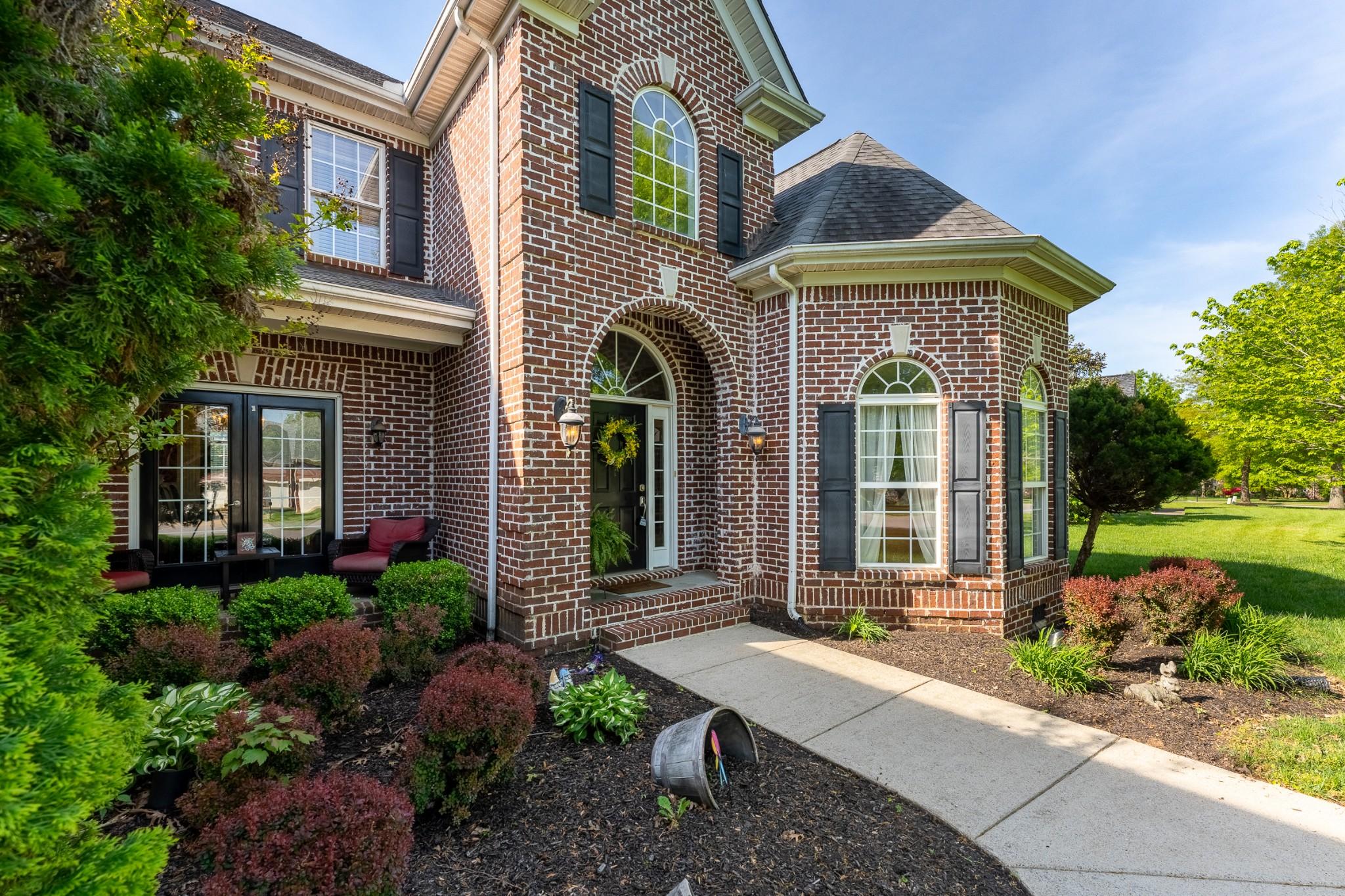 5453 Cavendish Dr Property Photo - Murfreesboro, TN real estate listing