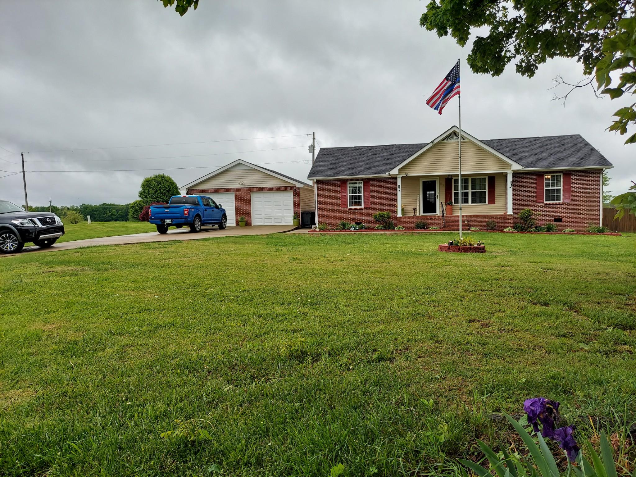 87 Walton Chapel Rd Property Photo - Lafayette, TN real estate listing