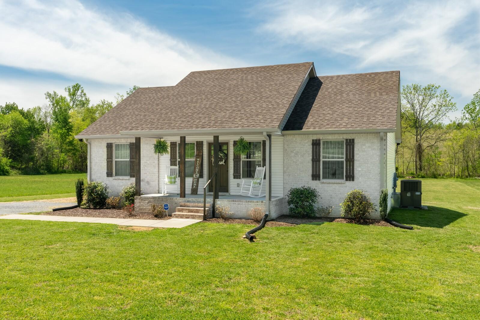 1825 Rock Bridge Rd Property Photo - Bethpage, TN real estate listing