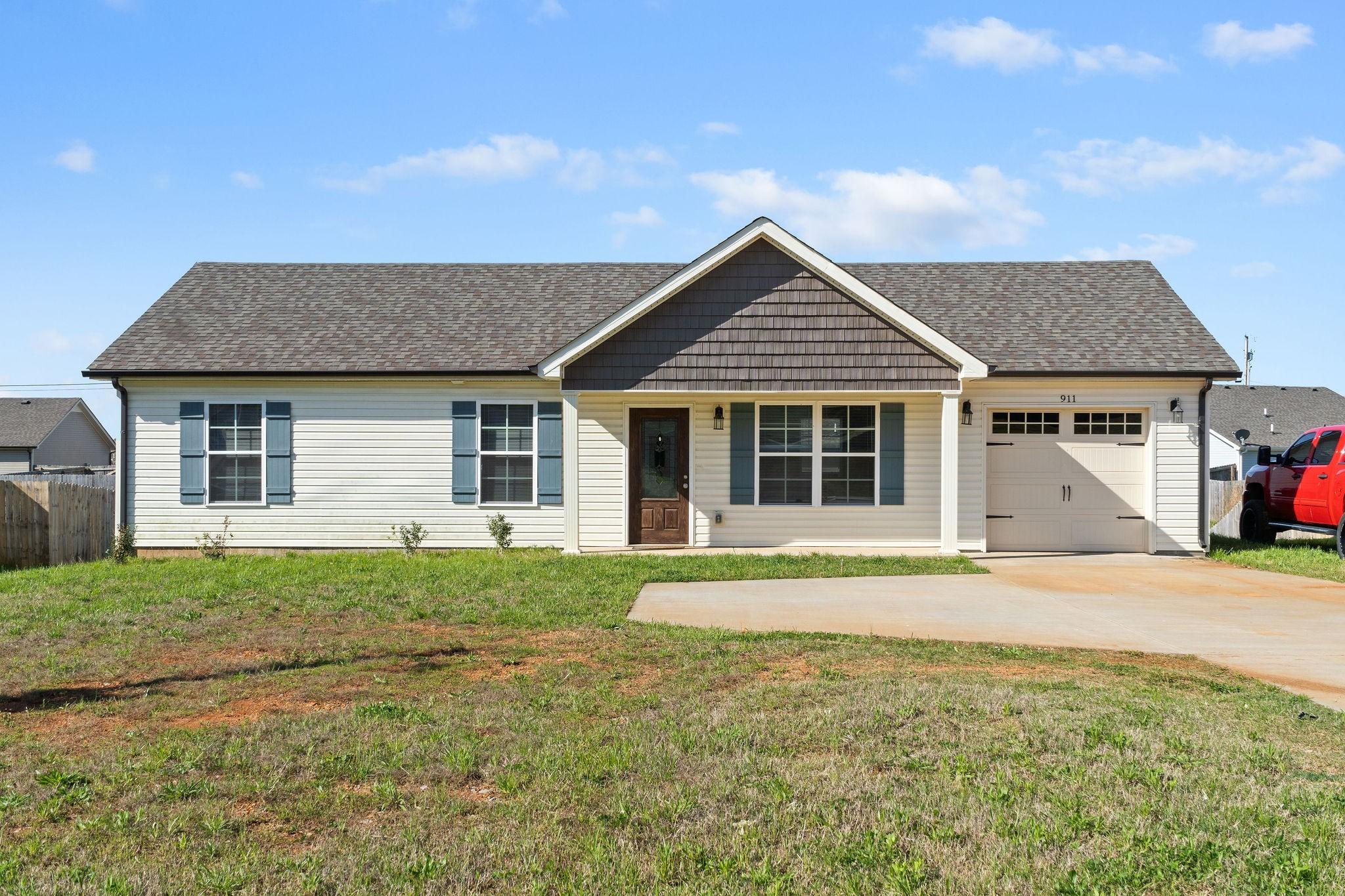 911 Hugh Hunter Rd Property Photo - Oak Grove, KY real estate listing
