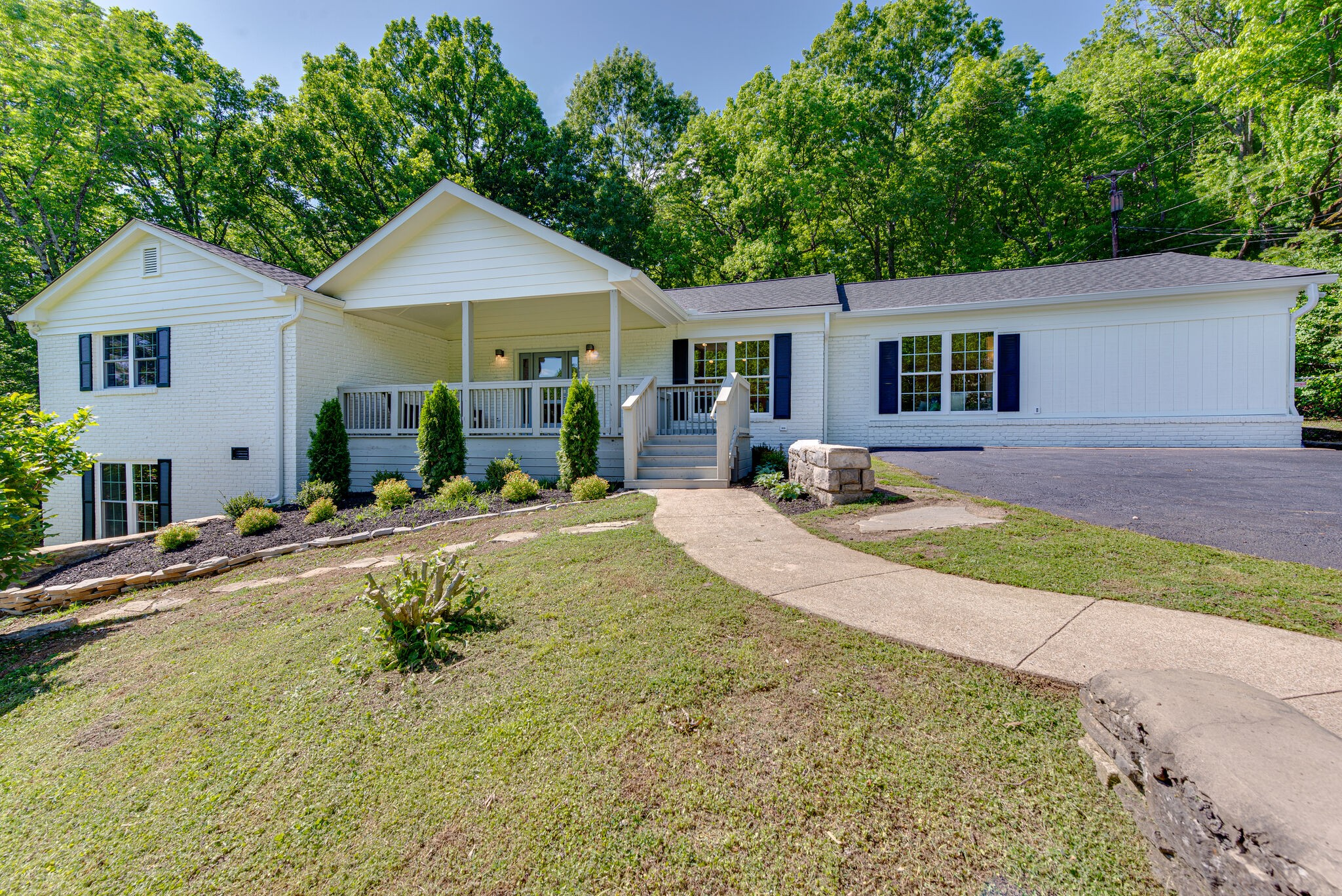 5740 Knob Rd Property Photo - Nashville, TN real estate listing