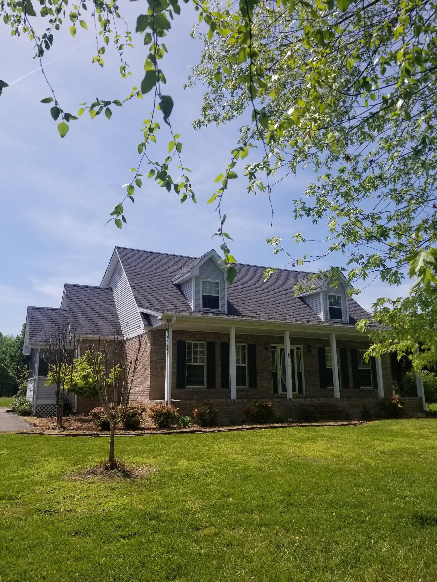 334 Landrum Ln N Property Photo