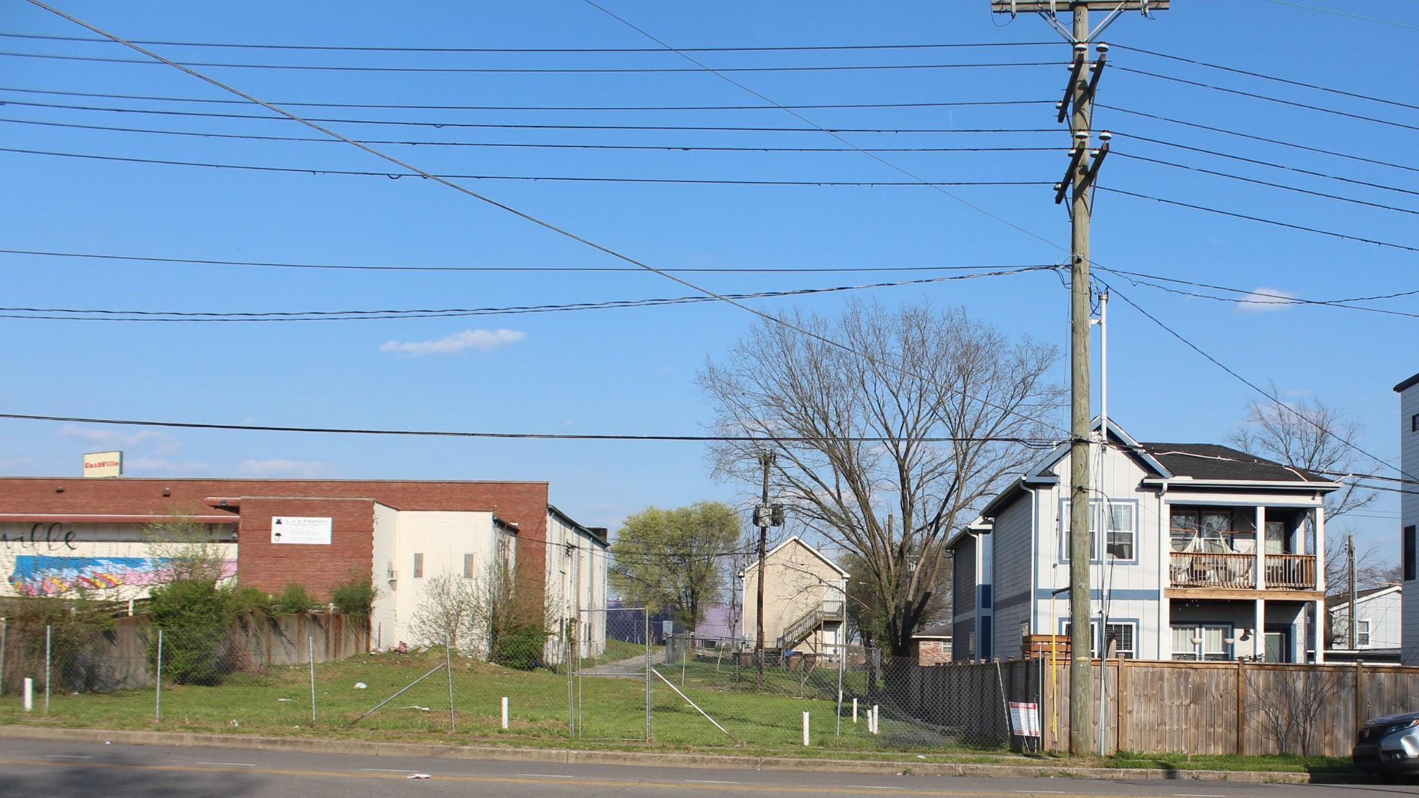 49 Wharf Ave Property Photo
