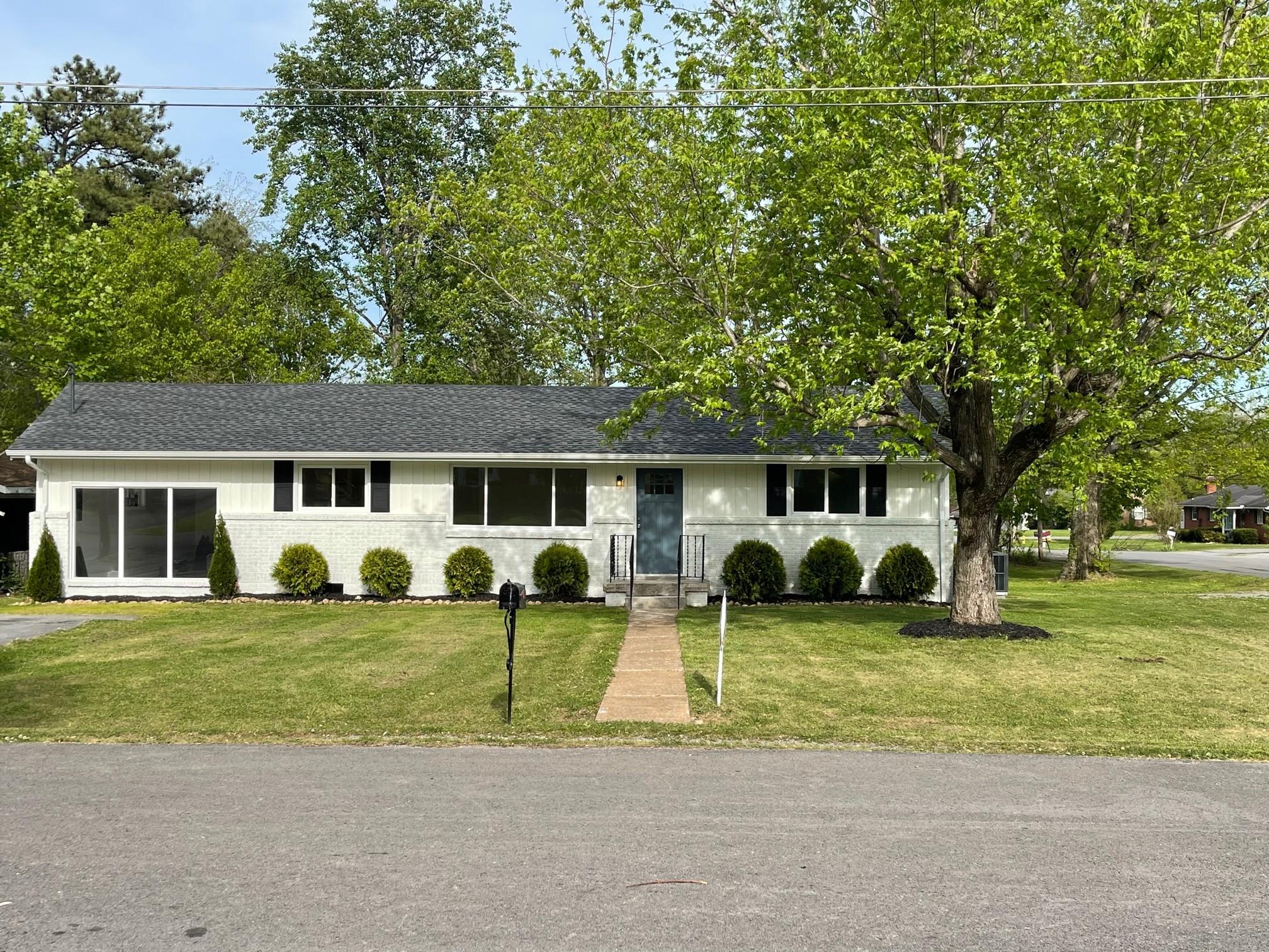1111 Delmar Ave Property Photo