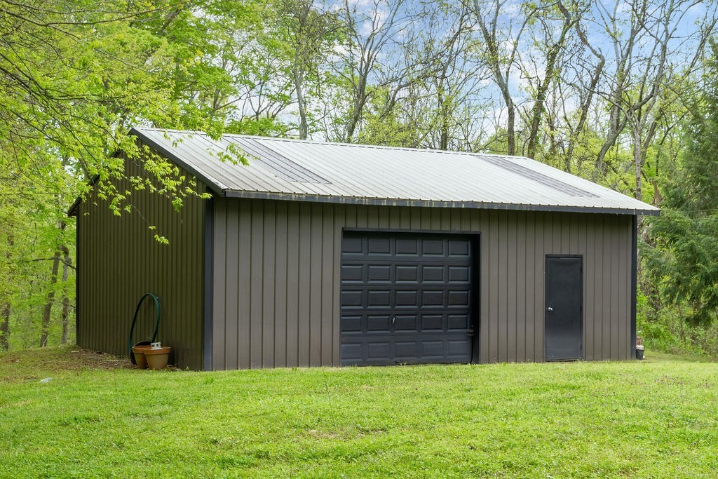 8238 Hawkins Rd Property Photo - College Grove, TN real estate listing