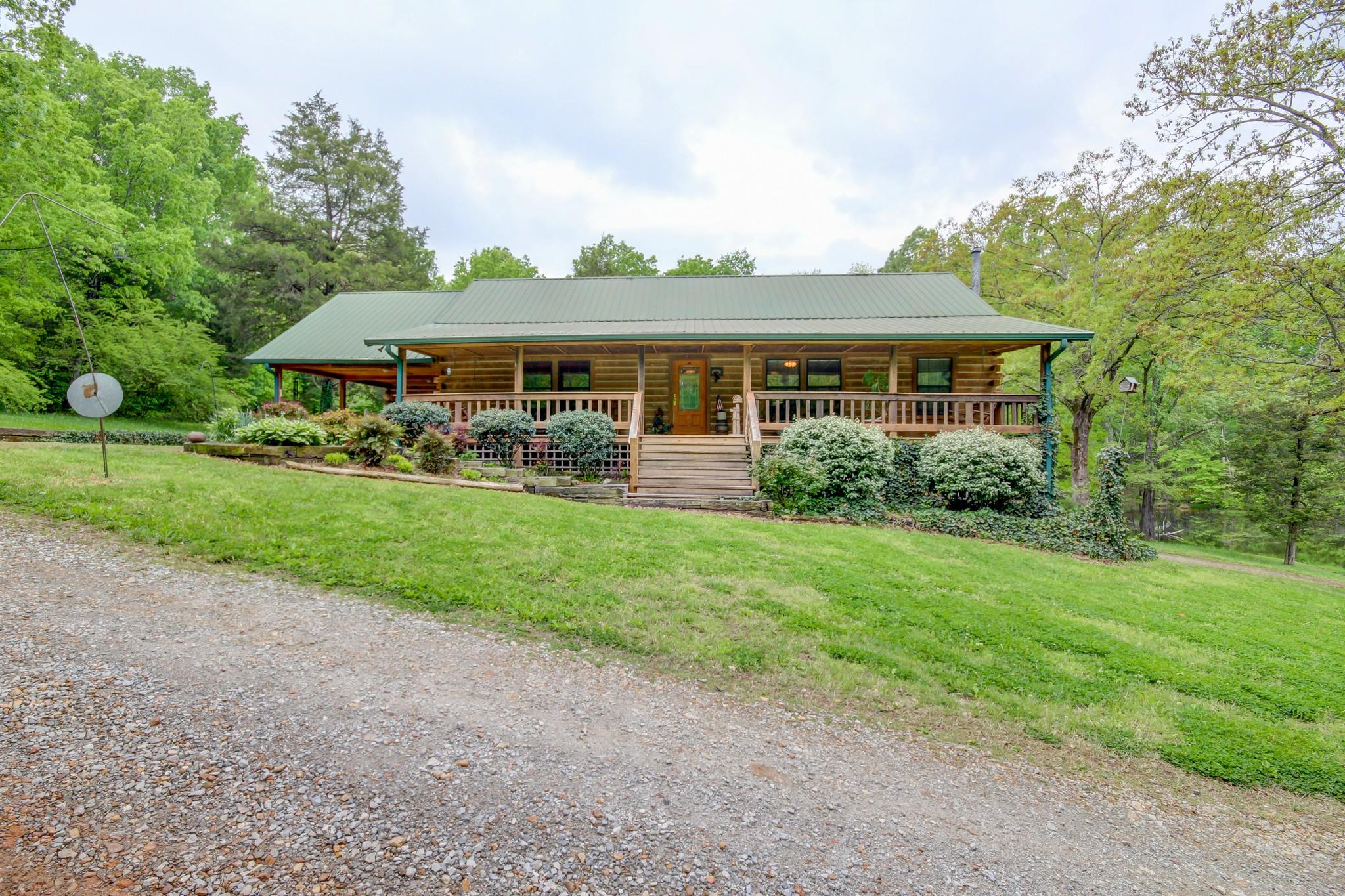 784 Brooks Rd Property Photo - Erin, TN real estate listing