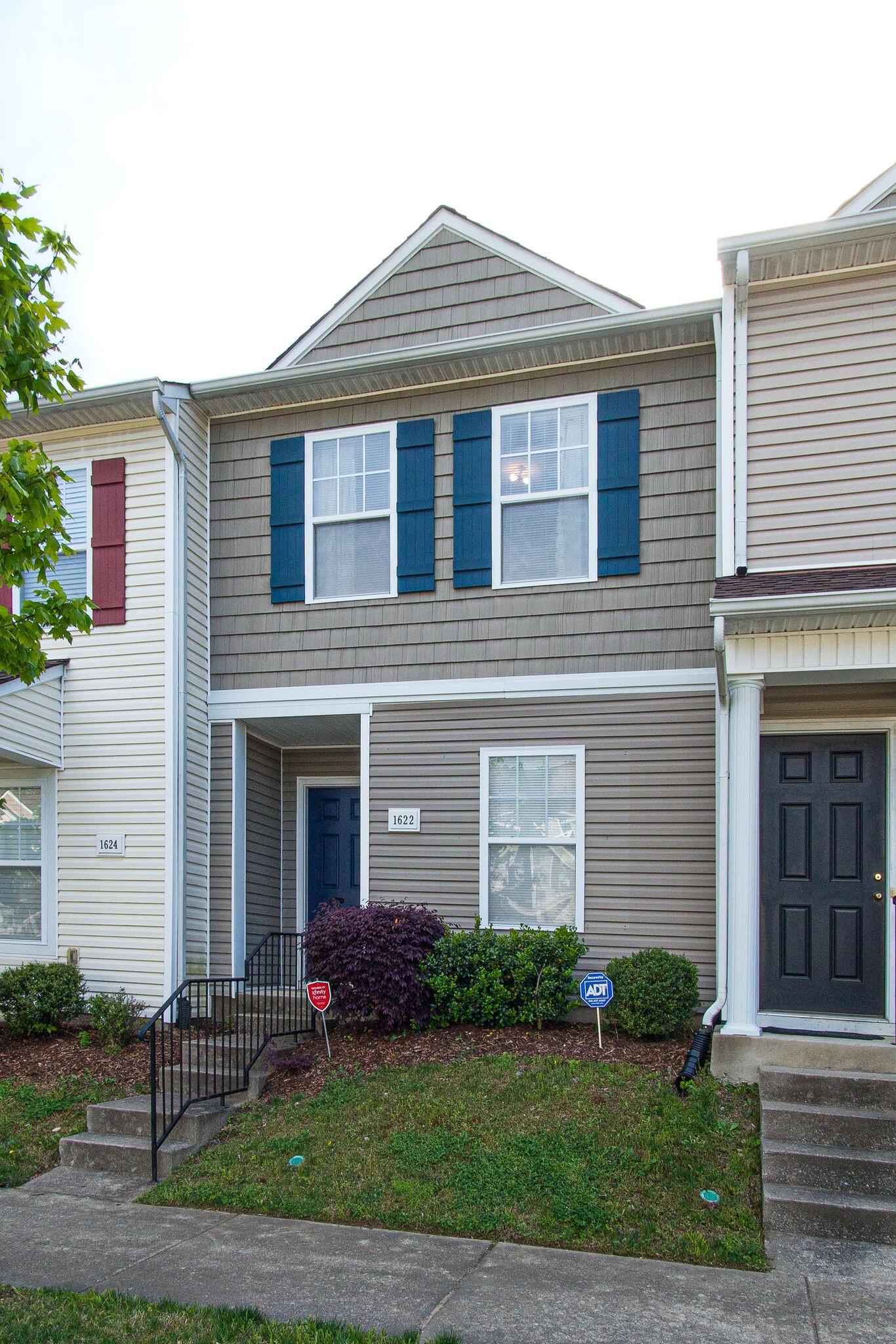 1622 Cardigan Way Property Photo - Antioch, TN real estate listing