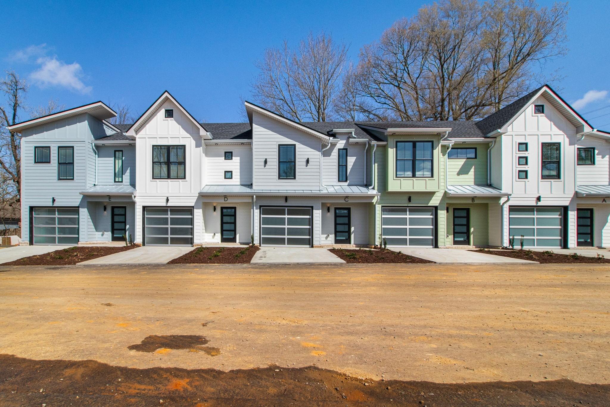 160 Xl Real Estate Listings Main Image